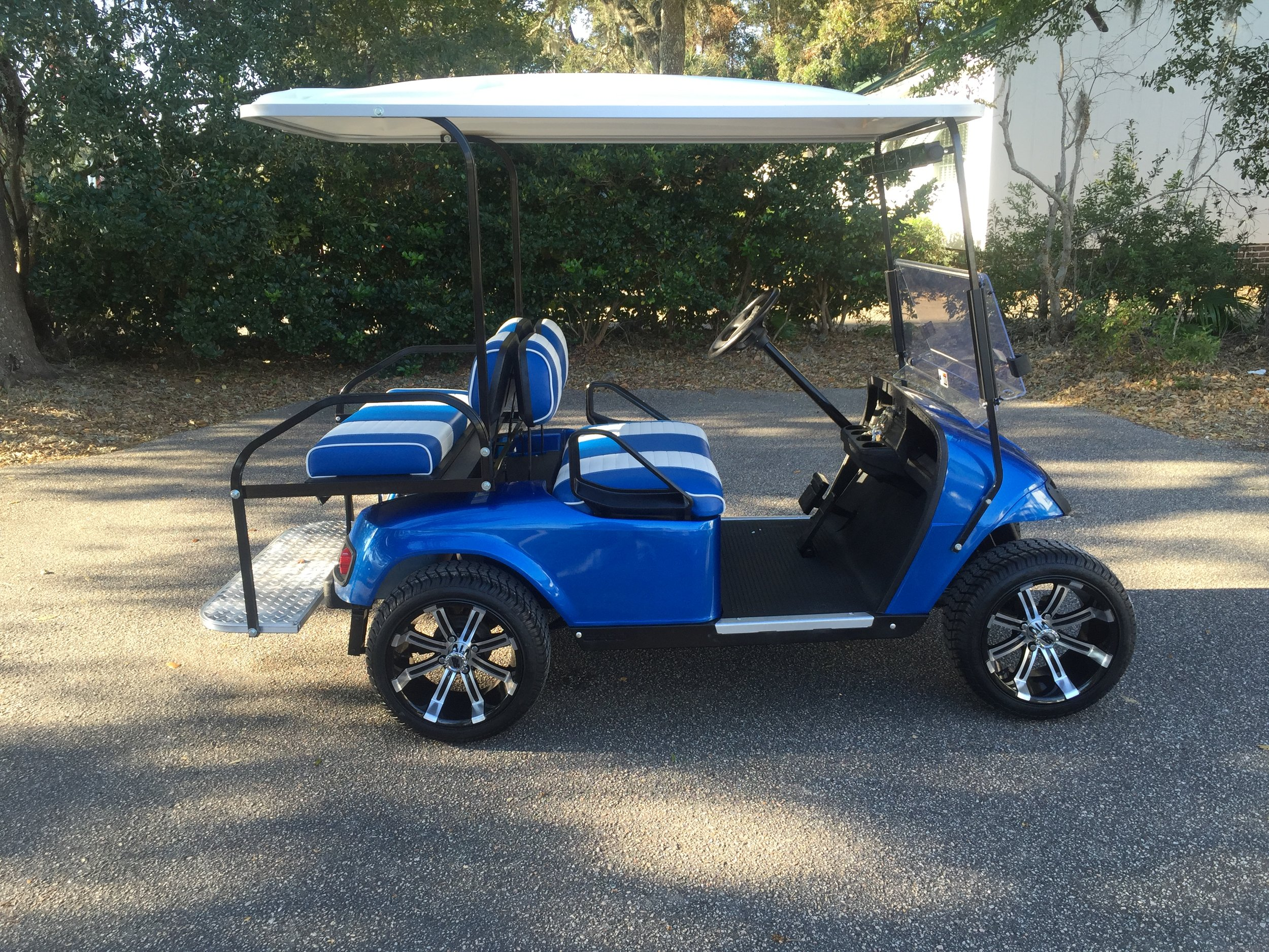 2015 Viper Blue EZGO Cart —————  Blue/white seats, white extended top, new 2019 batteries (6-8vt), high speed code, LED lights, Low Pro tires, mirror and flip windshield