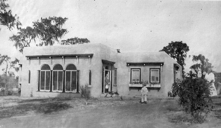 House of Calvin H. Hill in 1924 - now Alvacata Apartments.