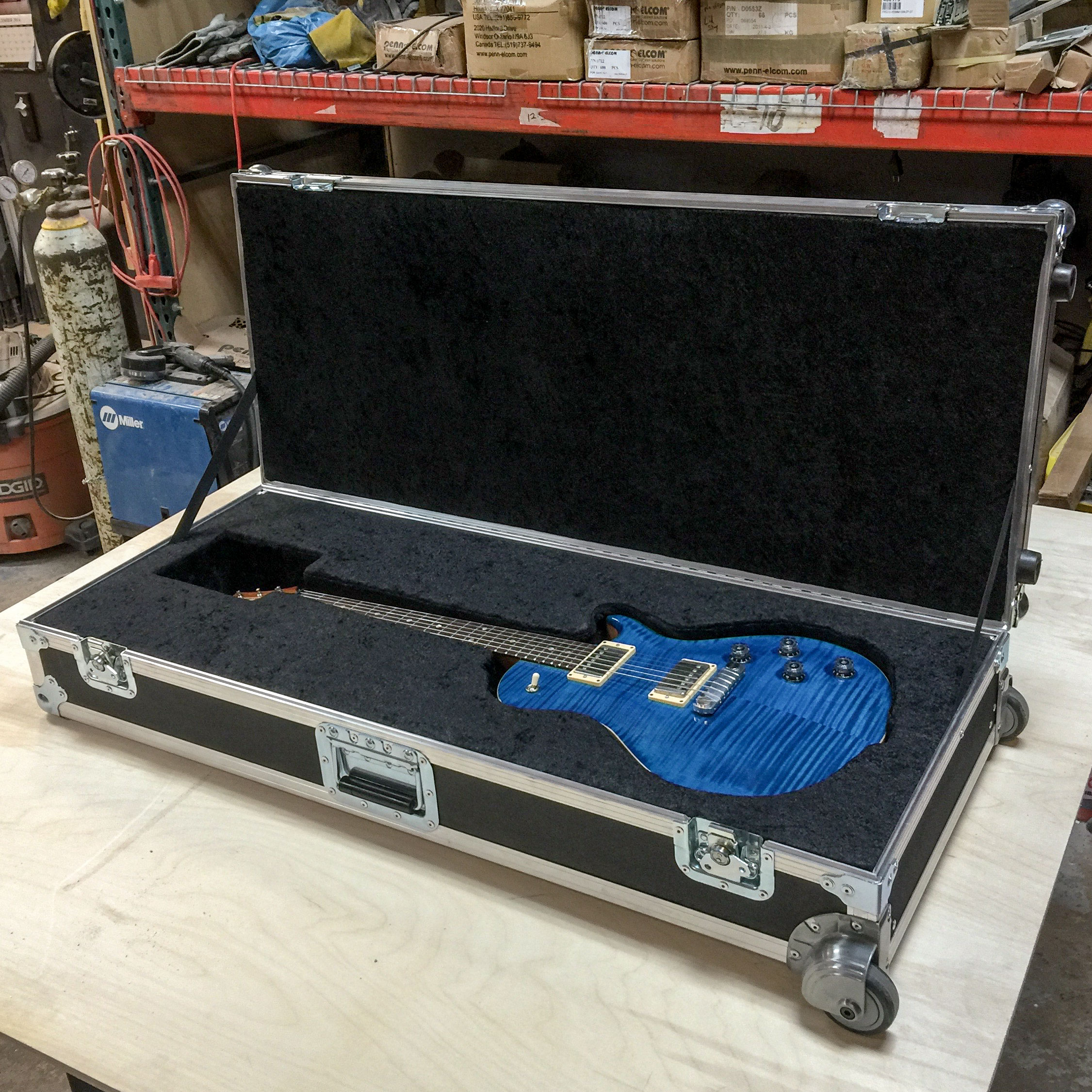 Guitar-Road-Case.jpg