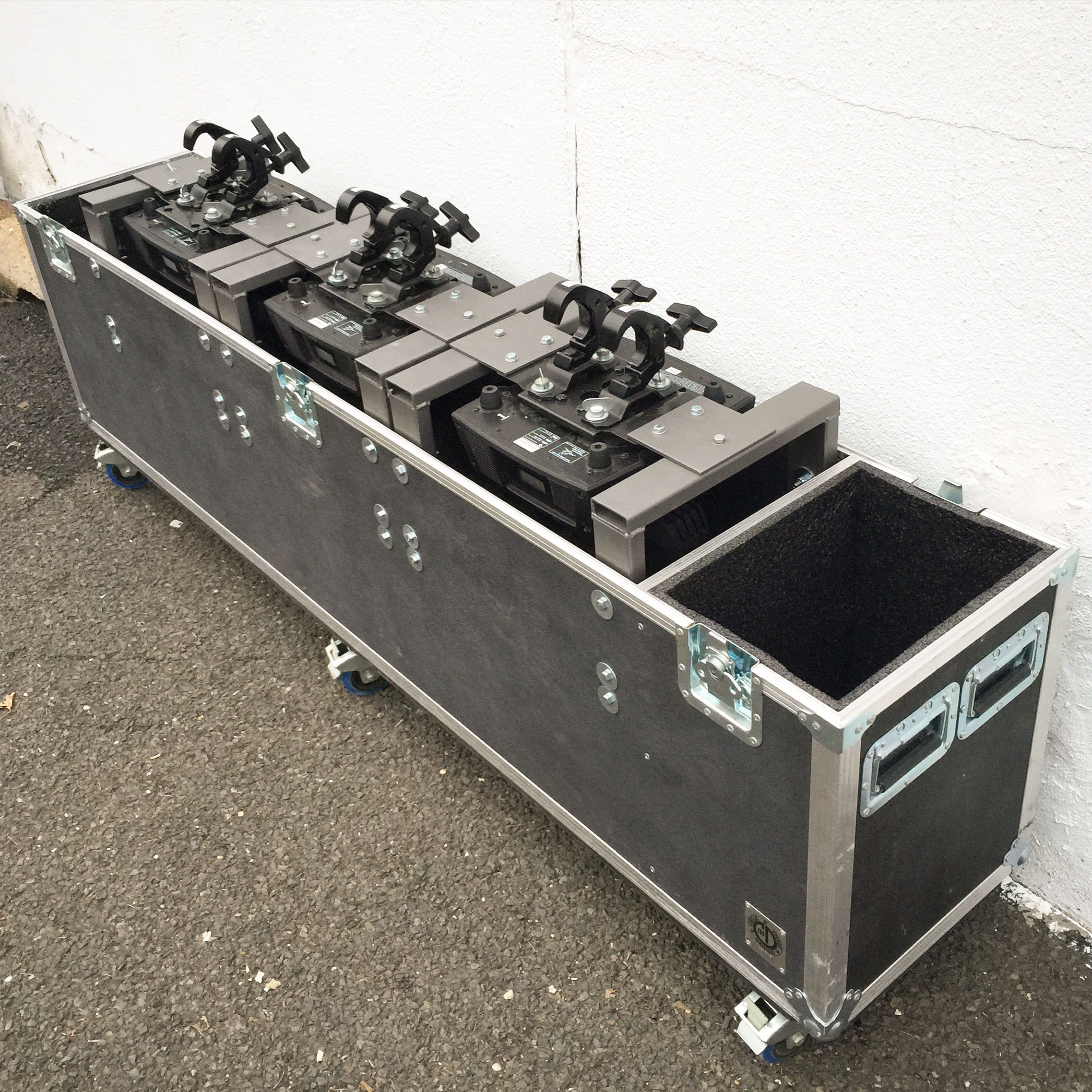 Lighting-Road-Case-01.jpg