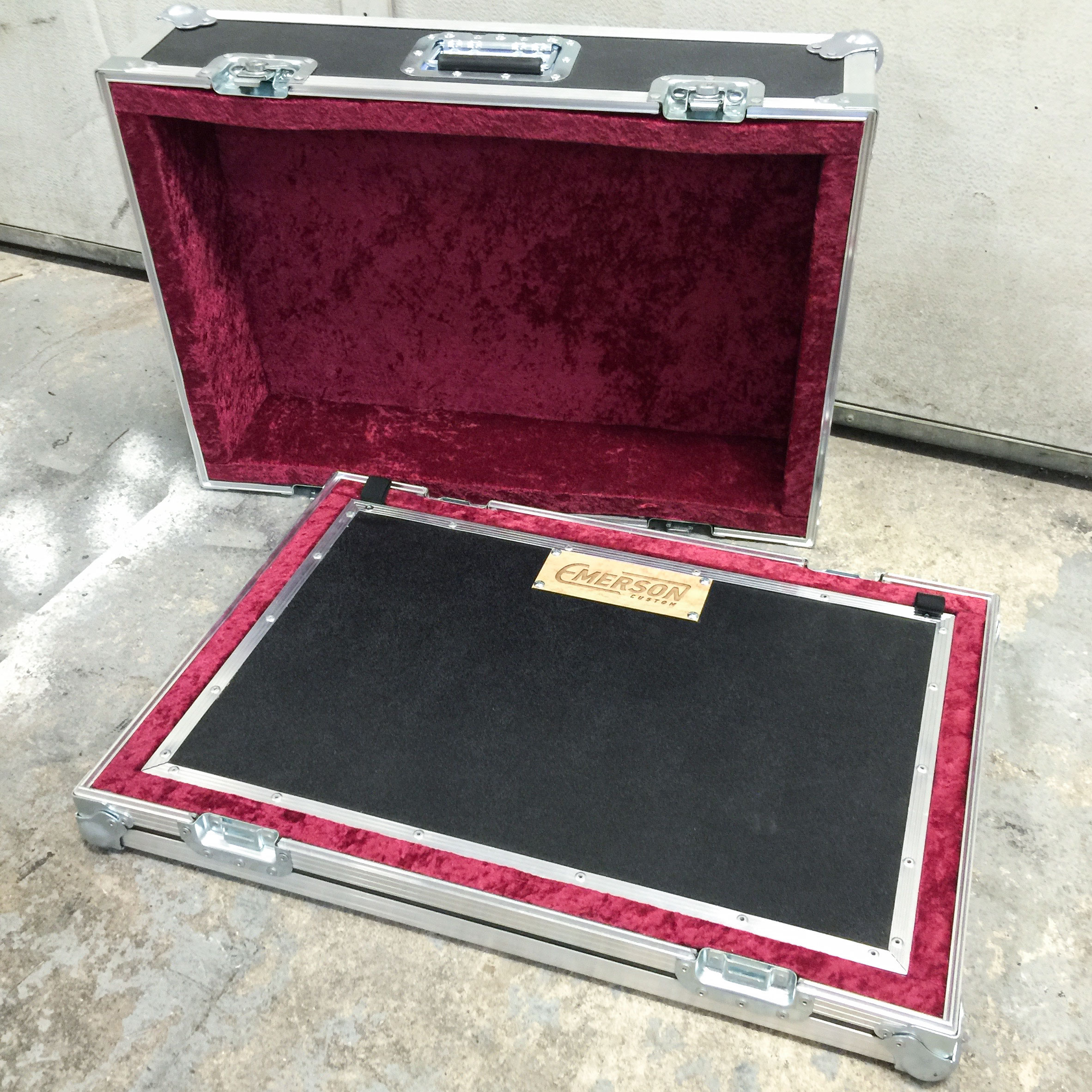 Pedal-Board-Emerson-Road-Case.jpg