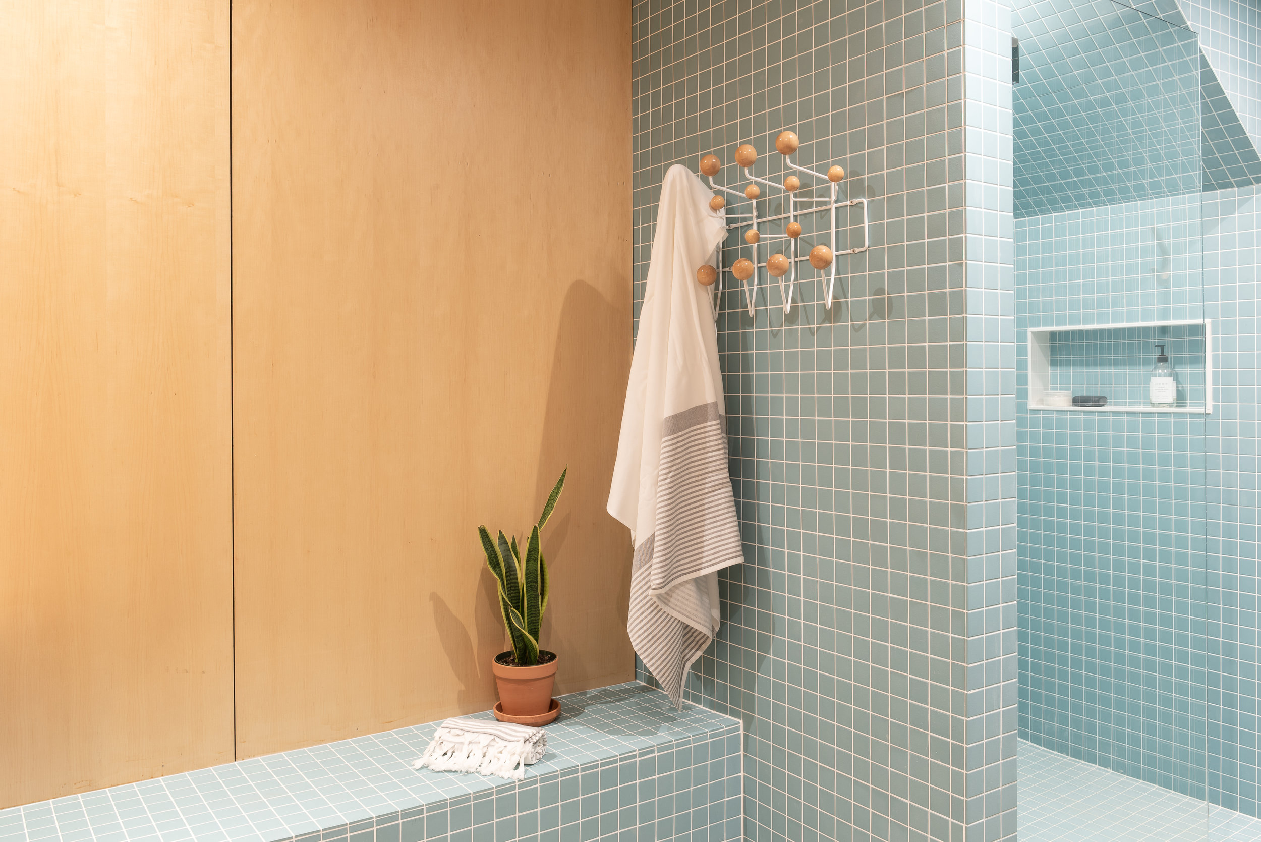 Bathroom 3_FNL-.jpg