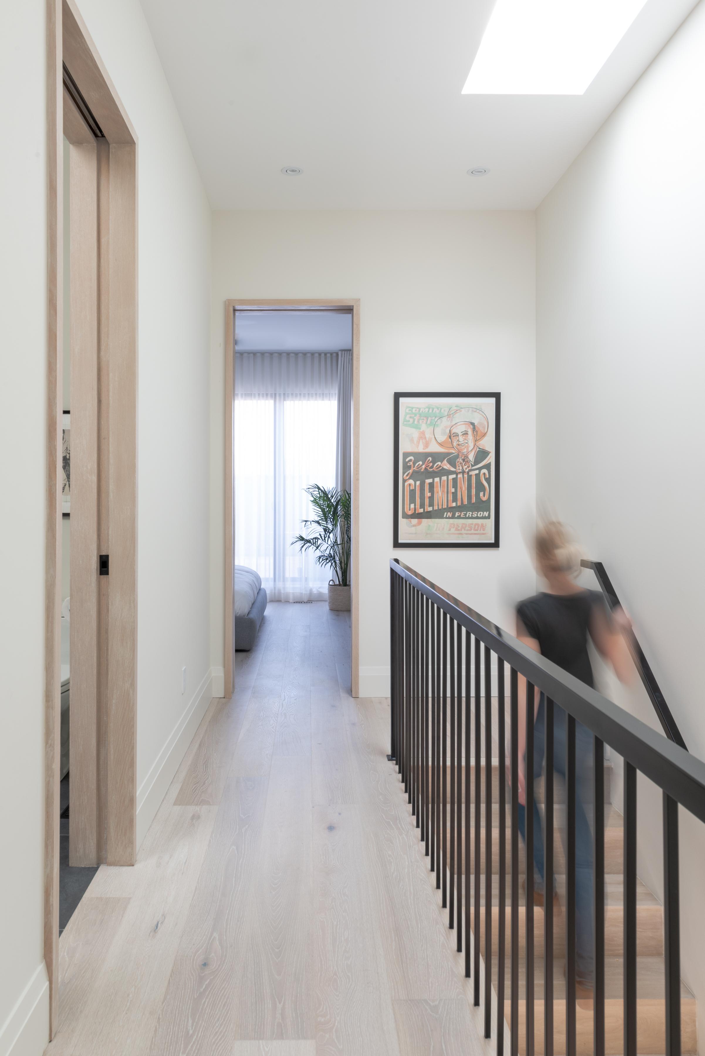 Hallway_FNL-1000.jpg