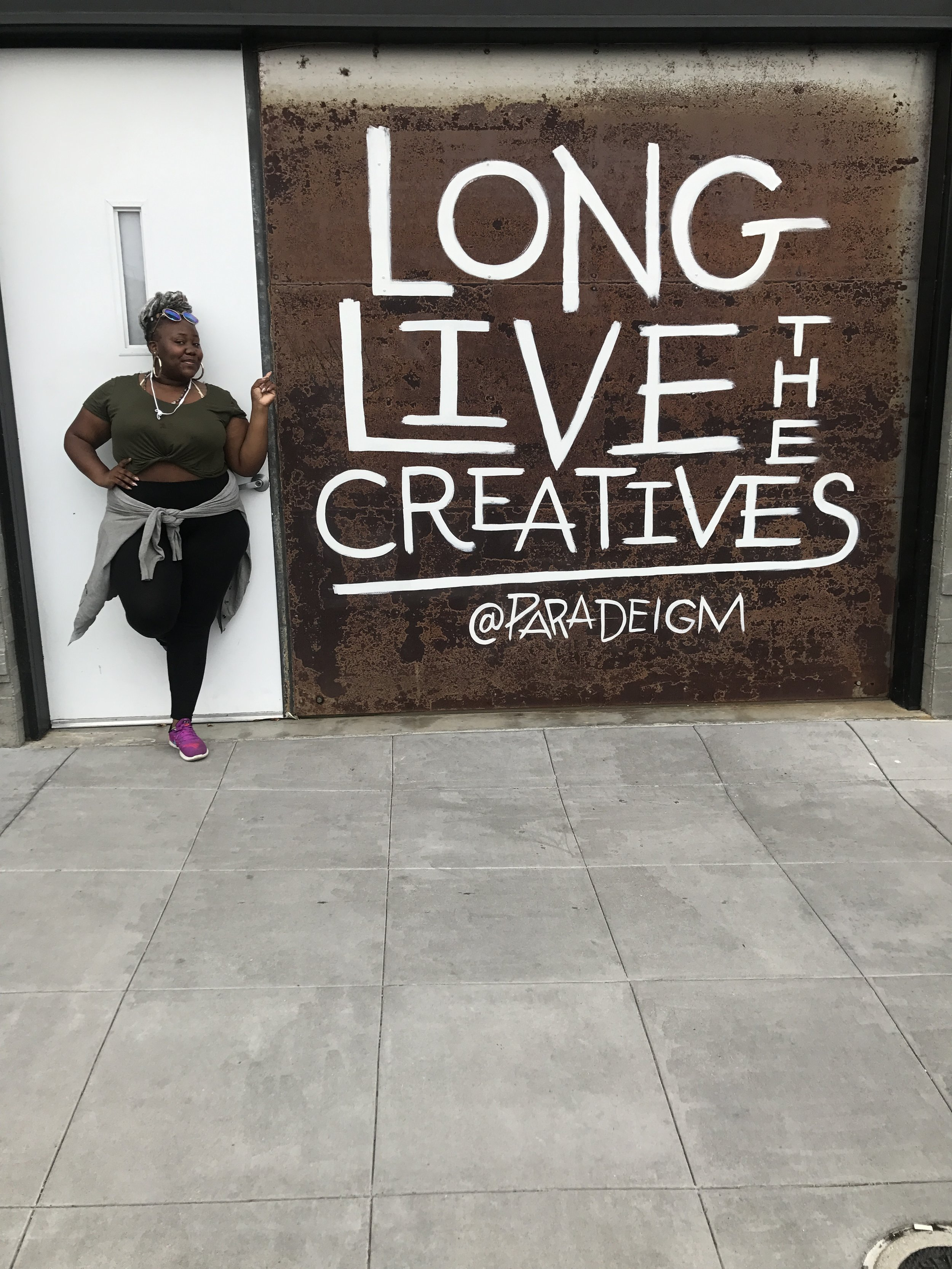 As soon as I saw this wall, I knew I had to take a pic with it!