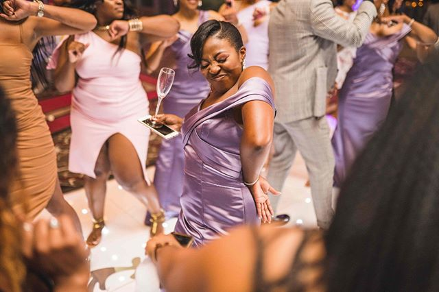Grooving into the weekend like........... . . . . . . . #austinweddingphotographer #austinweddingphotography #austinweddingphotographers #austinweddings #austinbrides #bridesofaustin #Austinweddingvendor #Austinphotographers #austinwedding #atxweddings #atxbrides #atxwedding #atxweddingphotographer #atxweddingvendor #austinengagementphotographer #austinweddingvenue #austinweddingplanner #austinweddingplanning #austinweddingday #blackweddingphotographer #instagood #instalove #soulmates #fallinginlovewithyou #weekendvibes #weddingvibes #bridesmaid #blackweddings #theknot #weddingwire