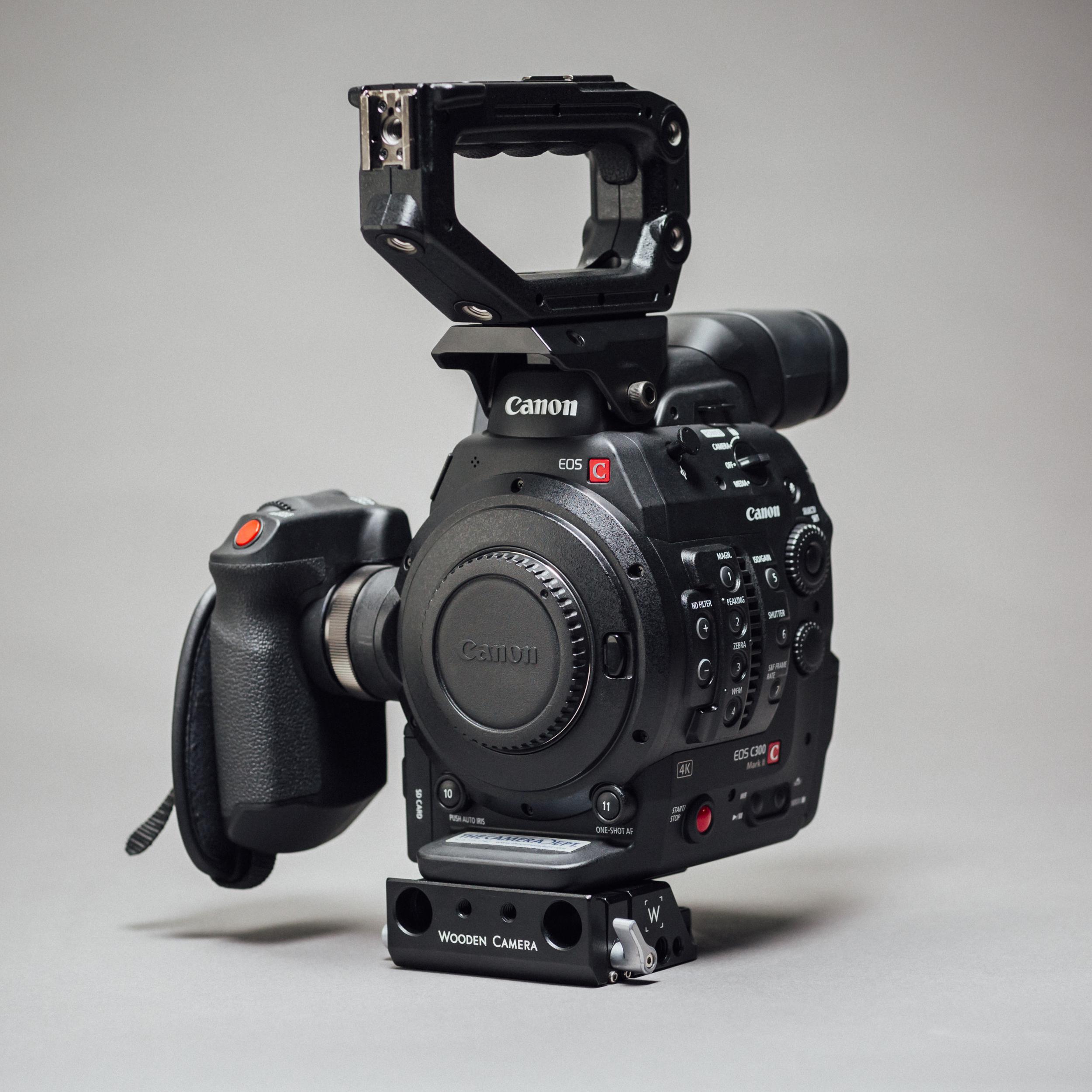 C300_Mk2_EF_L45.jpg
