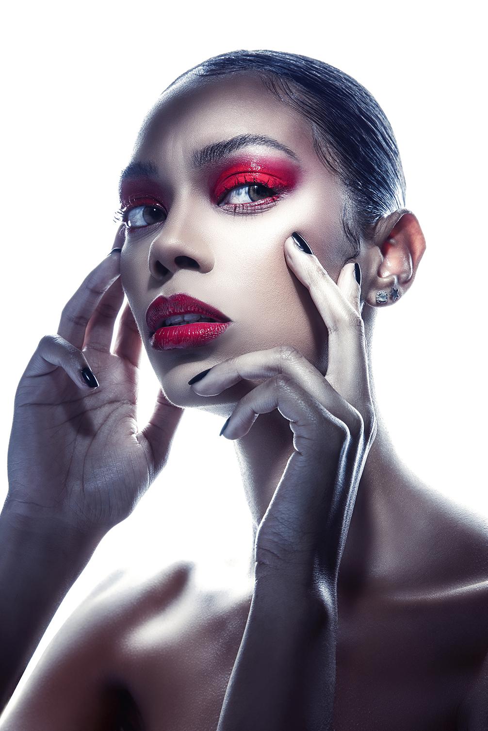 anna-lighting-tutorial-beauty-shoot.jpg