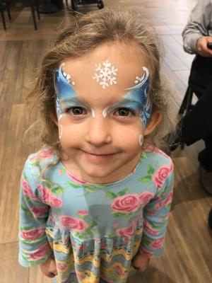 Sela at Christmas/Frozen/Cinderella madness at the mall.