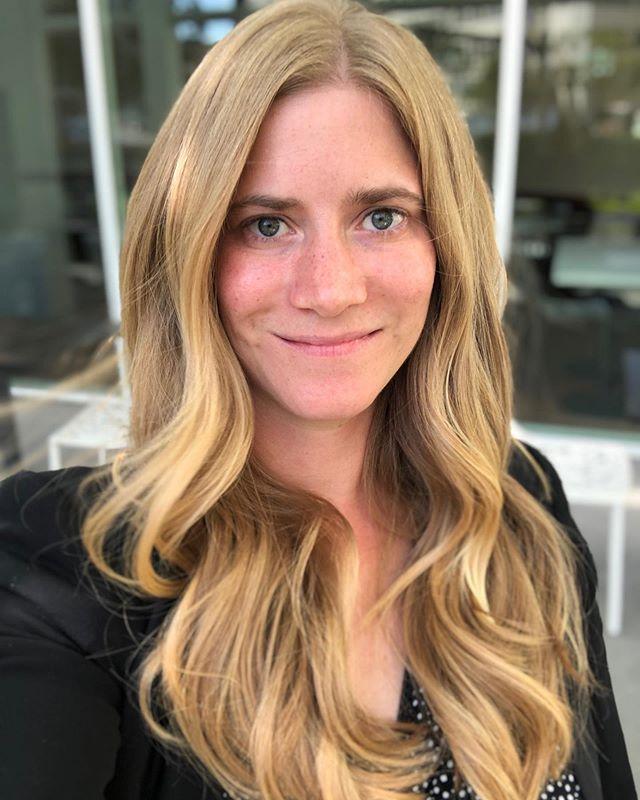 Shape up for Hannah's 👸 hair!!! #hookandscissor #sanfranciscohair #longhairdontcare