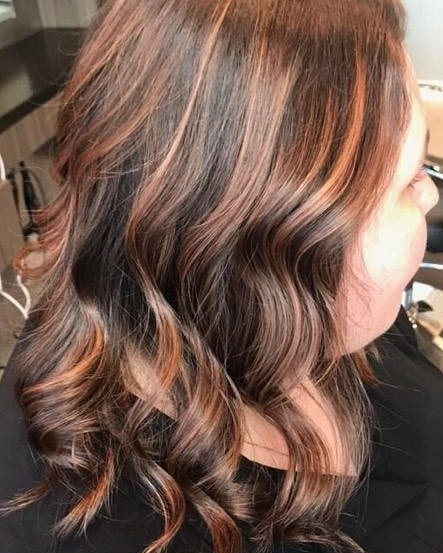 Hook & Scissor is serving up some 🔥HOT n SPICY hair 4 u fine folx! 🔥 Book with one of our hair artists today to get a new, flavorful look ♡  #hookandscissorsf #hookandscissor #highlights #creativecolor #copper #orange #bright #foilage #customcolor #hothair #warmtones #hairartist #cutehair #sfsalon #curledup #ready #hairwithflavor #styled