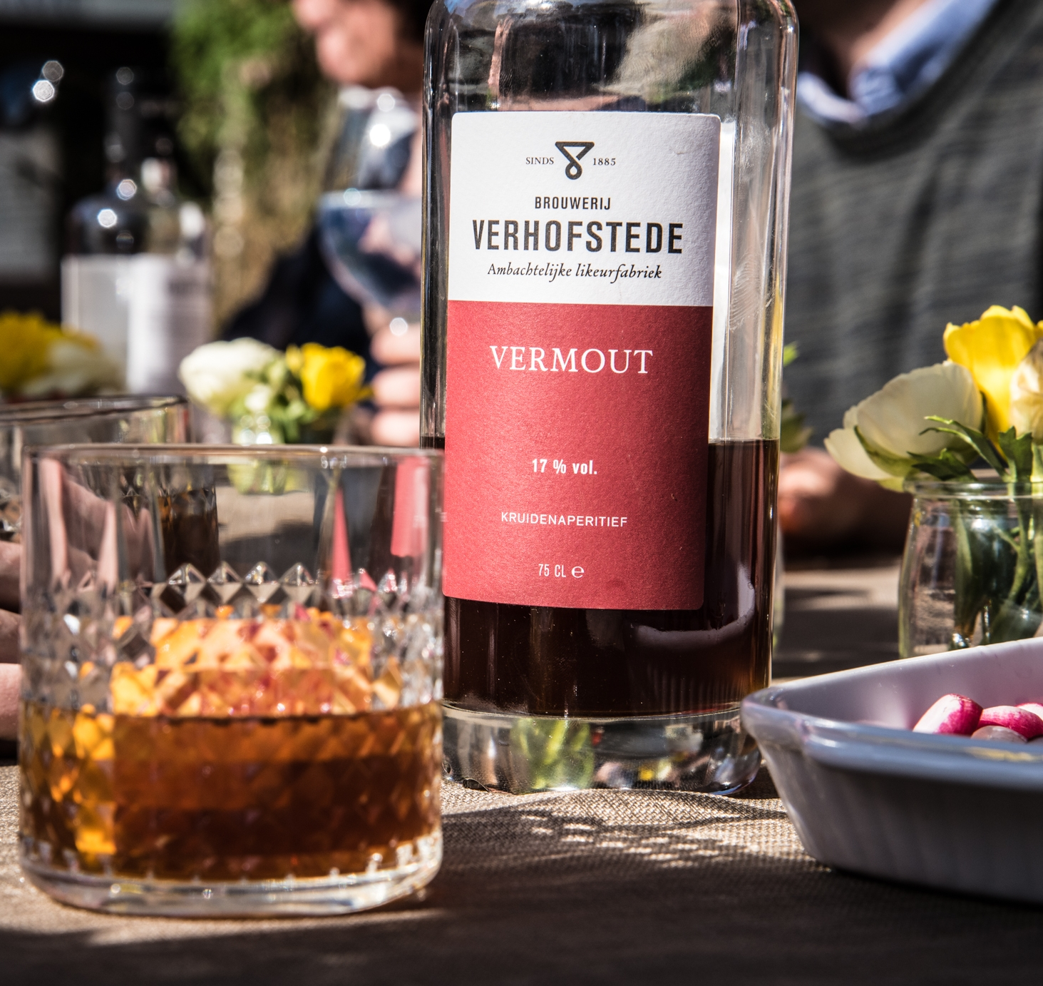 VERMOUT ON THE ROCKS