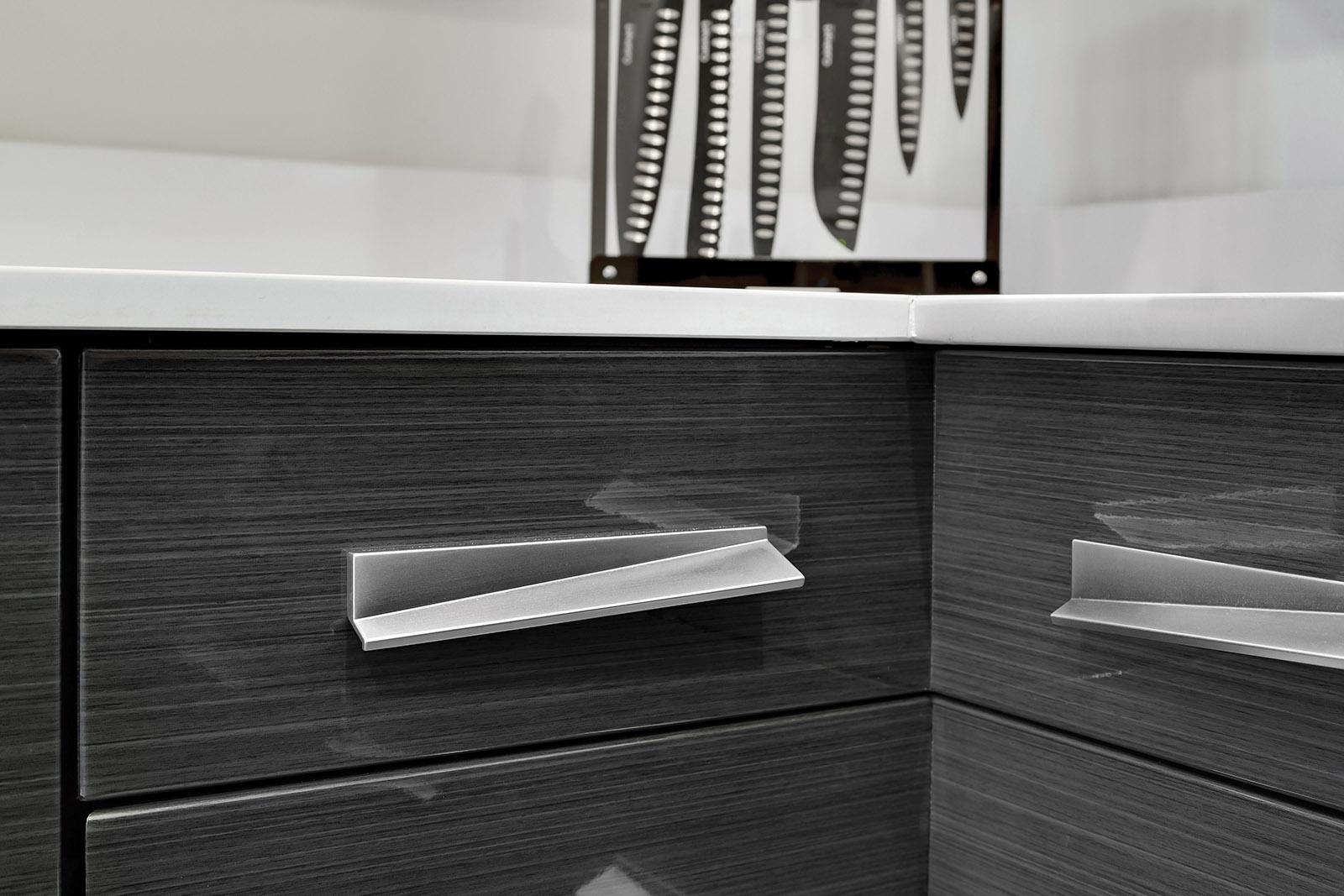 Loft Contemporary Kitchen Cabinets: Handle Closeup