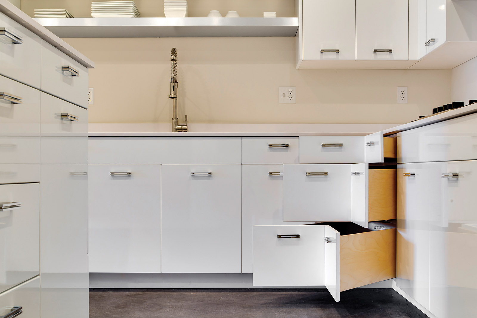 Loft Contemporary Kitchen Cabinets: White with Pull-Out Corner Drawers