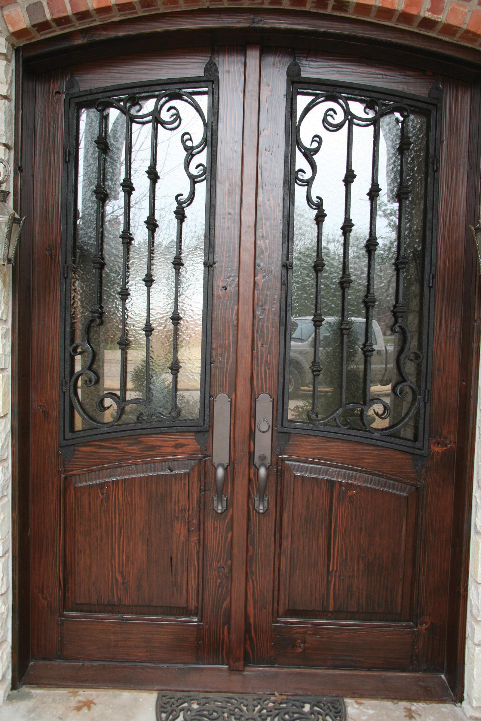 Traditional Door - 305