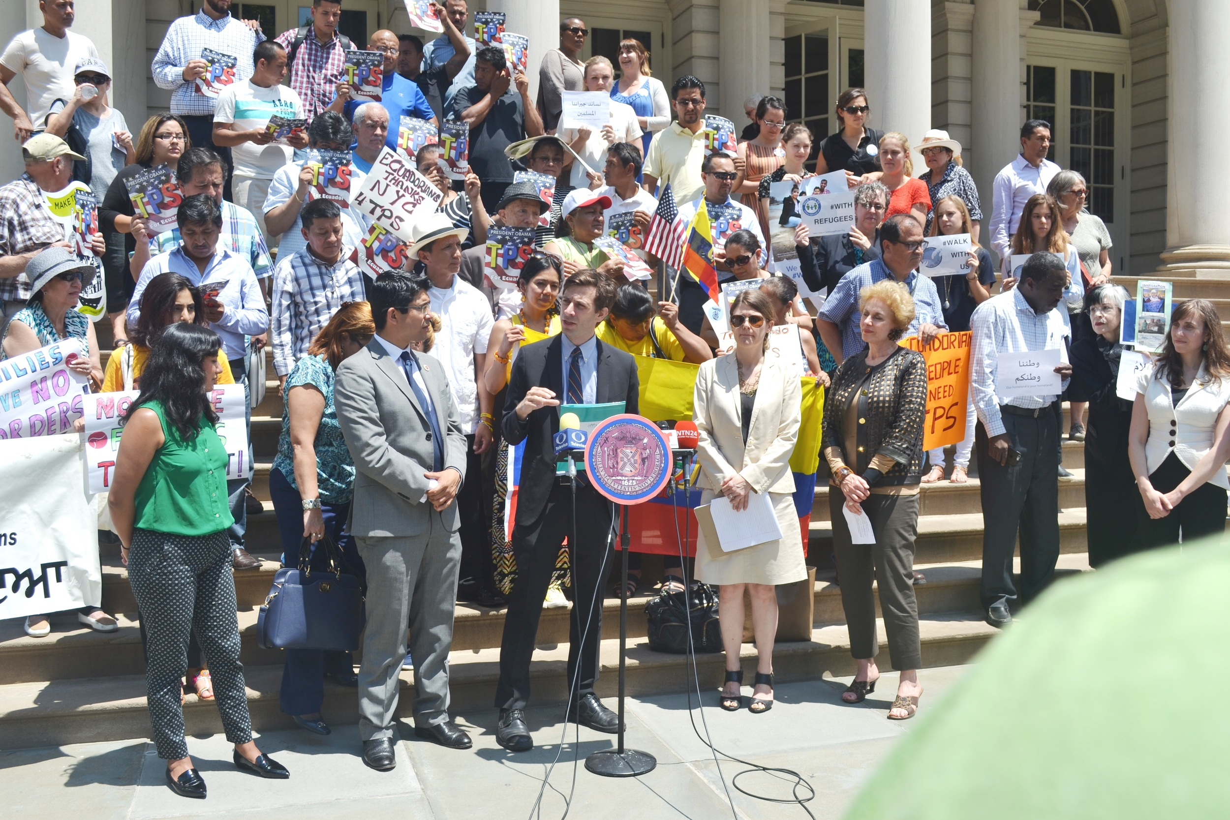 Speaker Mark-Viverito, and Council Members Menchaca, Levin, and Ferreras-Copeland called for federal action so support refugees