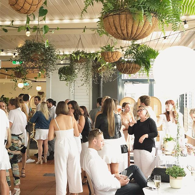 Have you seen our function spaces come to life?  Let us keep your party dress warm this winter. For all function enquiries email: holly@thefernerymosman.com.au 📧🌱