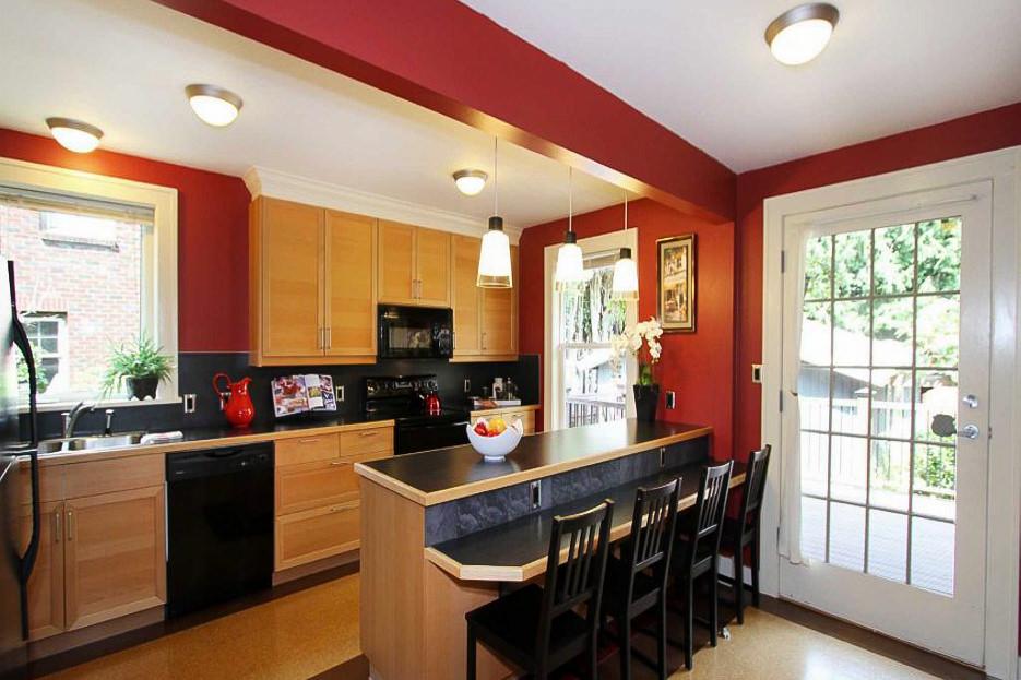 kitchen 1024x1024-1.jpg