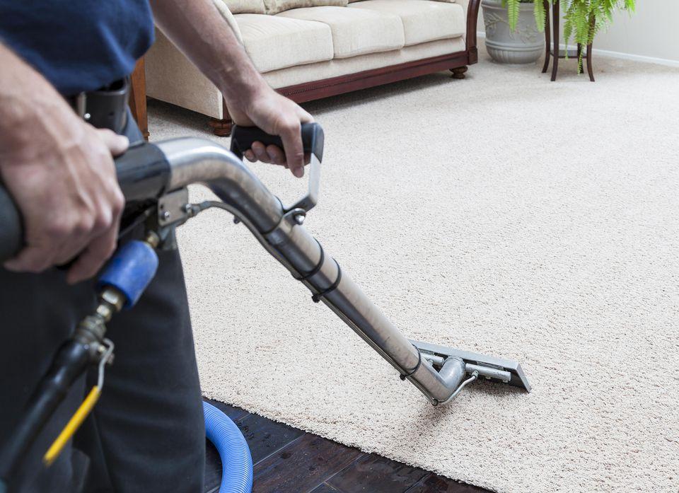 Steam-Cleaning-Carpet-58a4bbcd3df78c345b6e9ed3.jpg