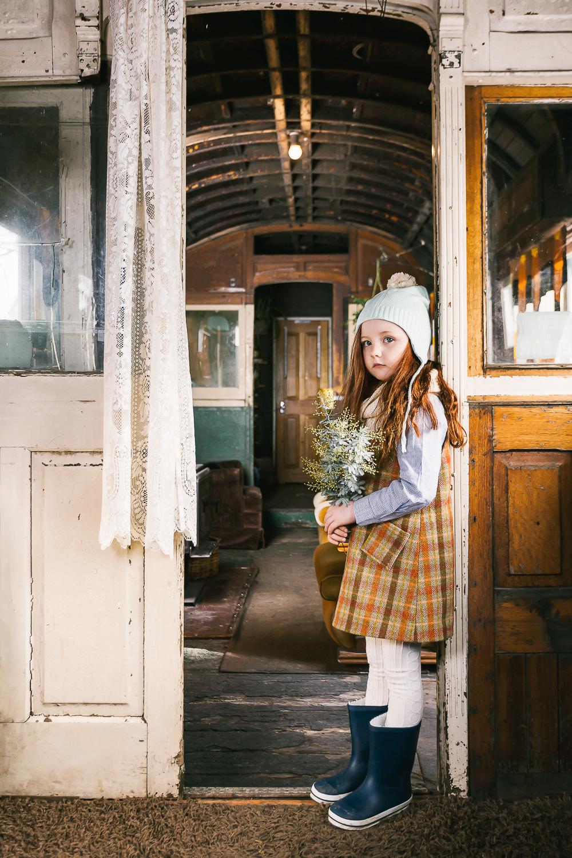 AK_AW18_Lily_Doorway_046.jpg