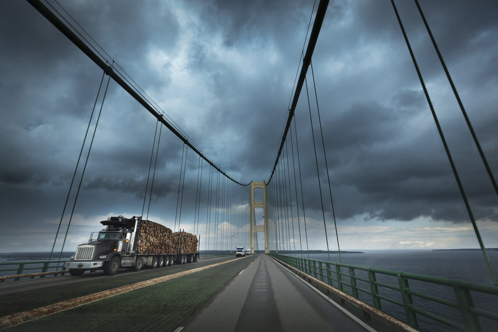 Commercial truck drivers should pay extra caution to Hurricane Matthew's high winds, especially on bridges and overpasses.