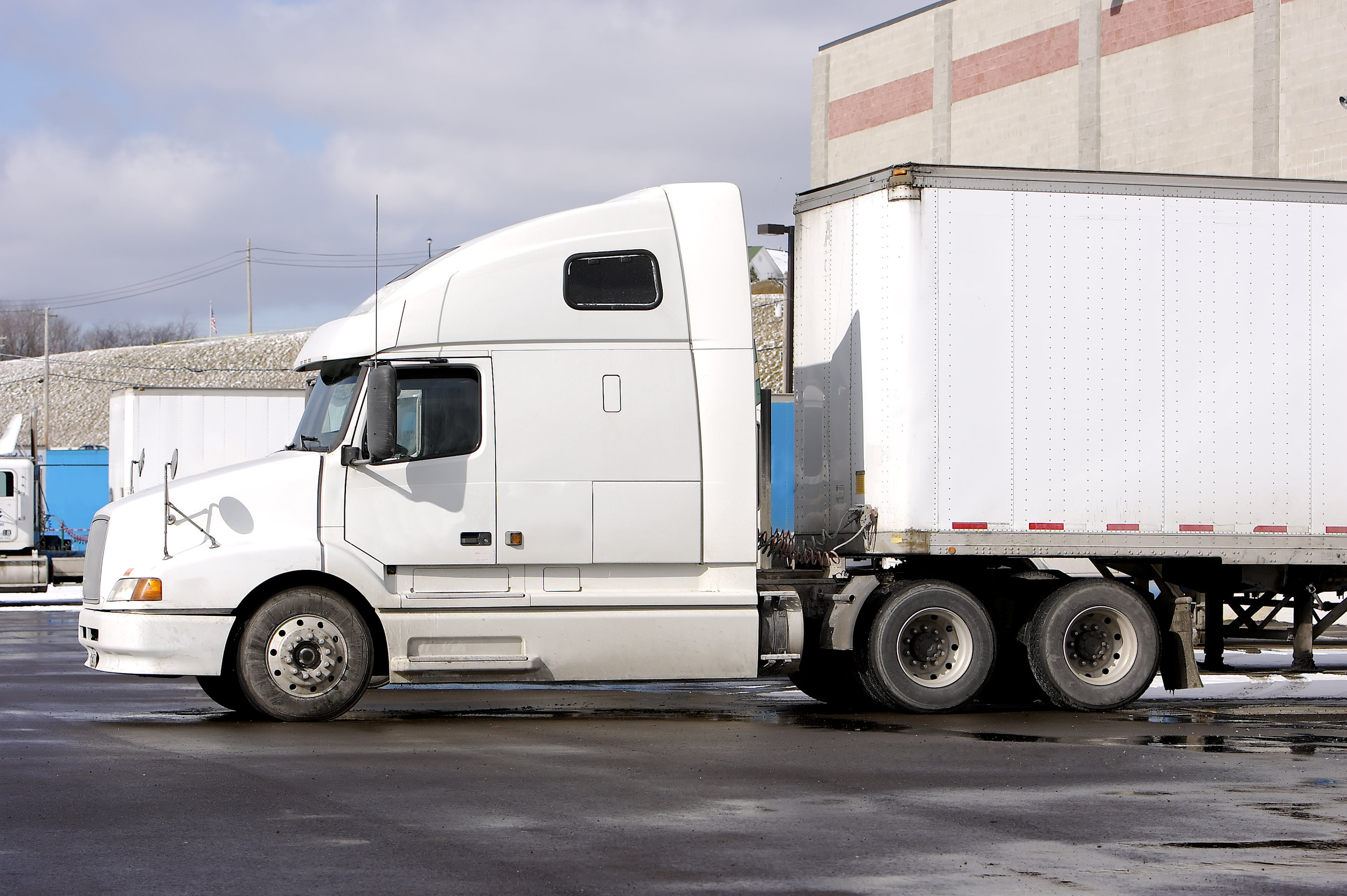 The ATRI survey found that truckers are spending more time waiting at the loading dock, leading to delays that cut into earnings of trucking companies and drivers.