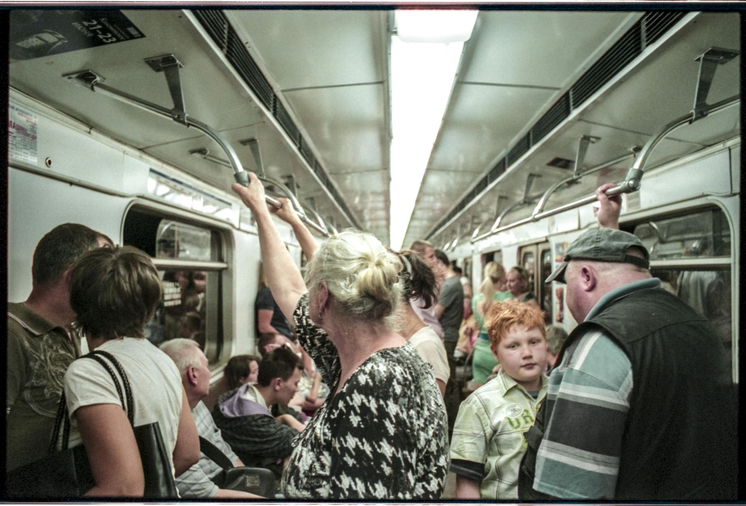 Russian+Metro-10 © Sam Asaert.jpg