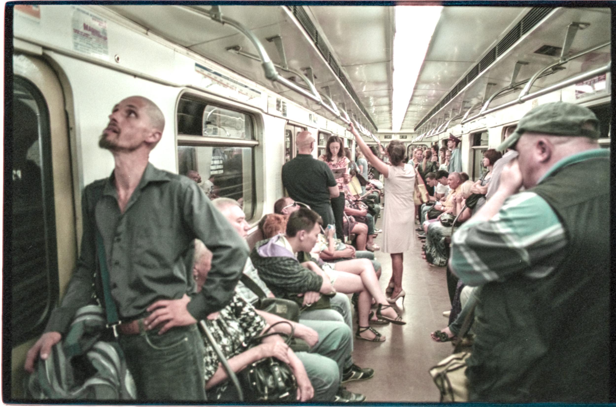 Russian+Metro-11 © Sam Asaert.jpg