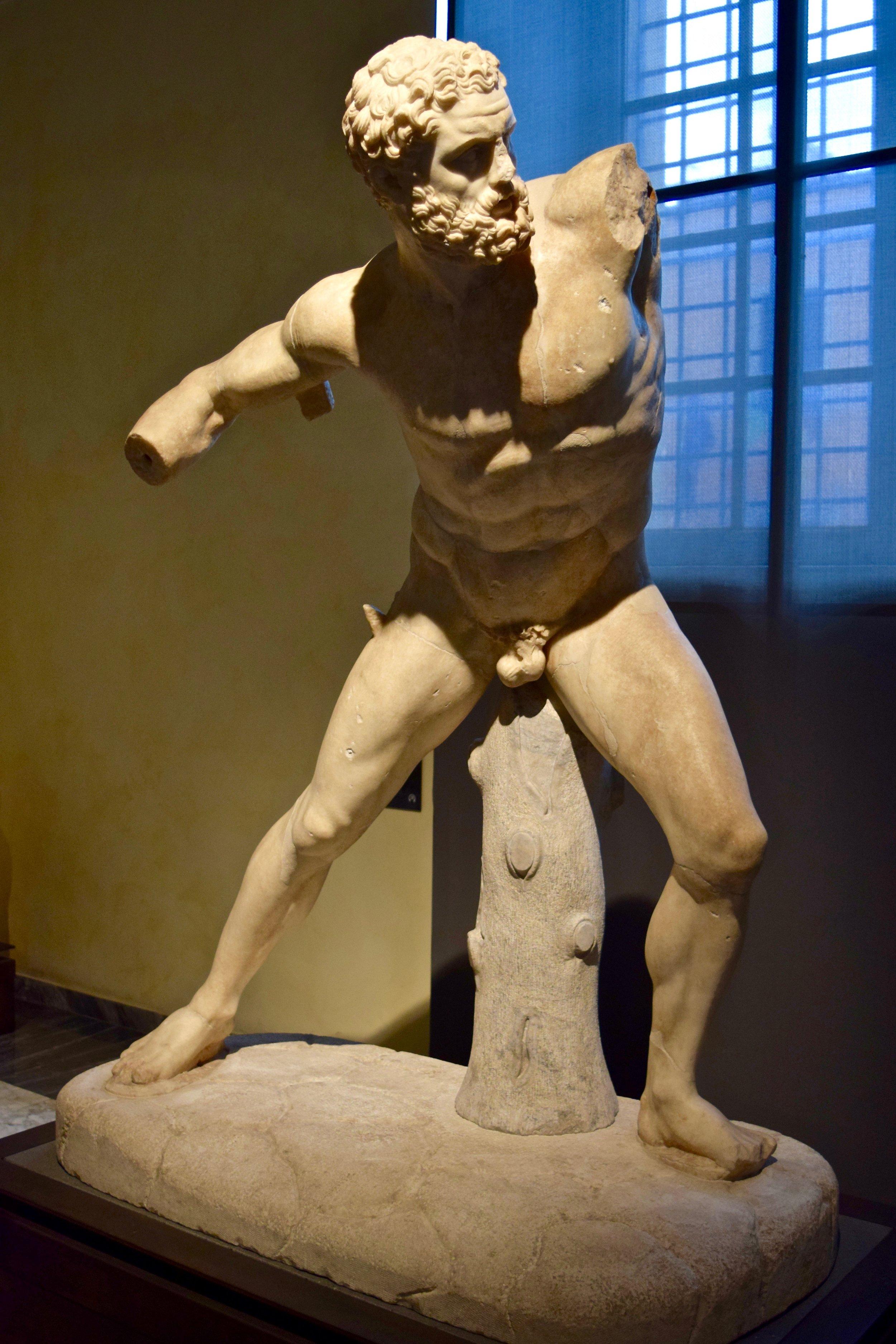 Statue of Herakles Fighting