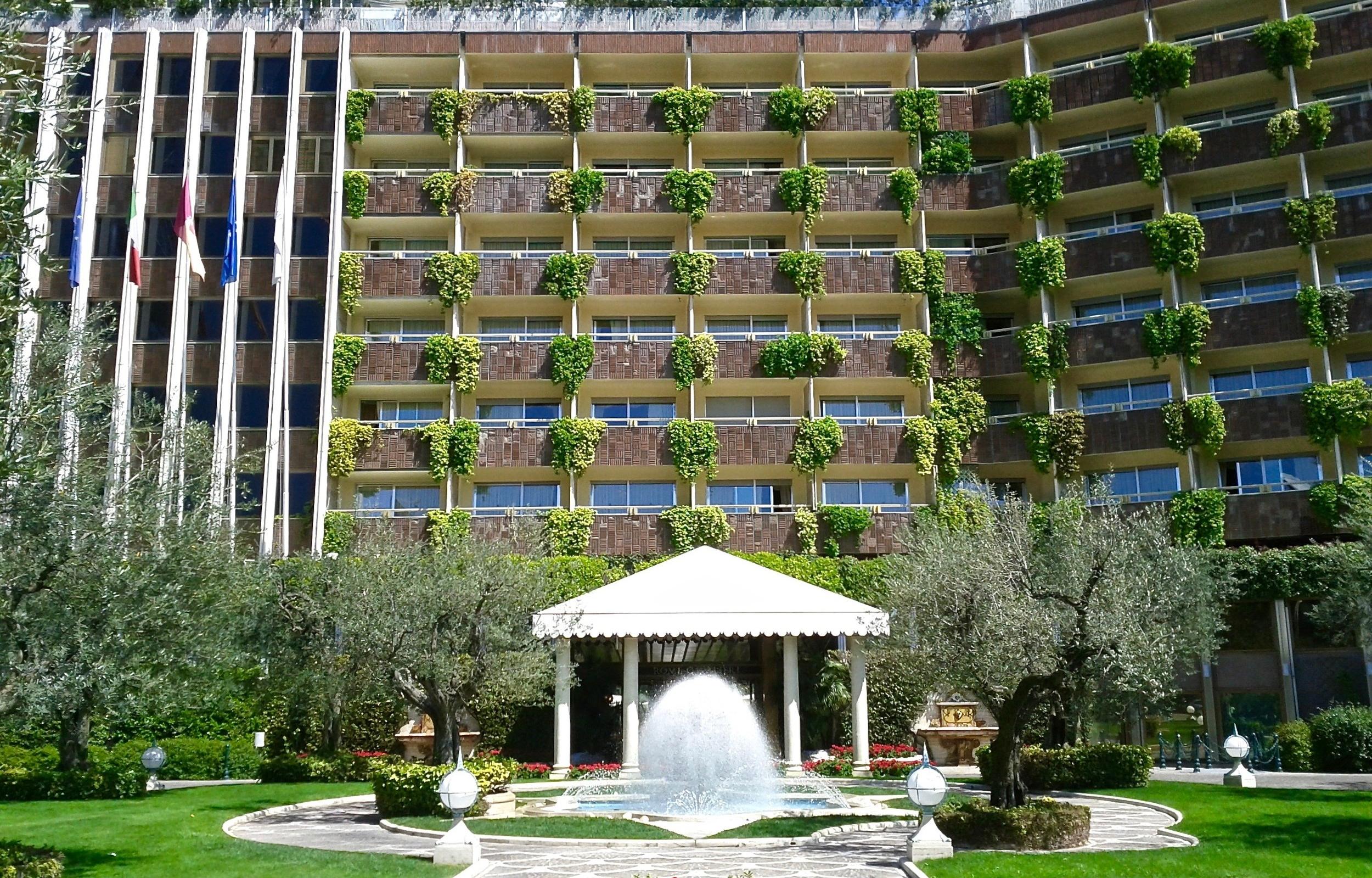 Waldorf Astoria Rome Cavalieri Main Entrance
