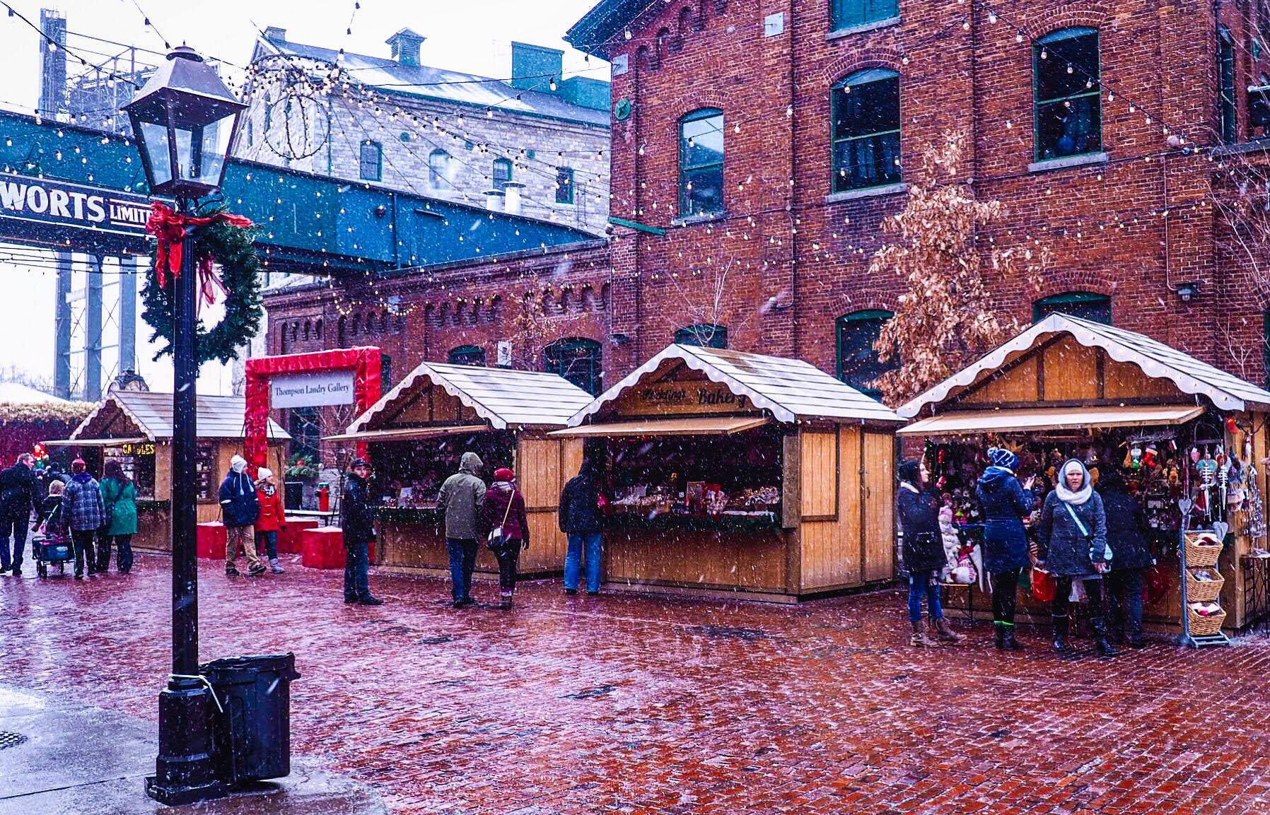 Distillery District Christmas Market, Toronto