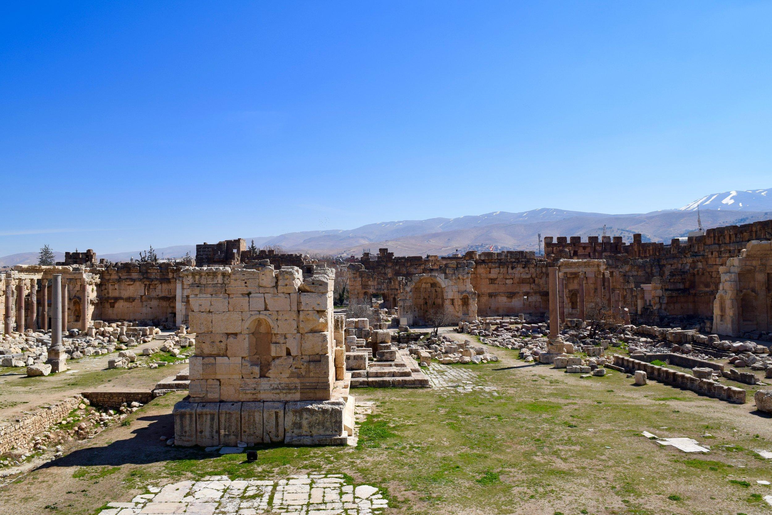 Great Courtyard, Baalbek