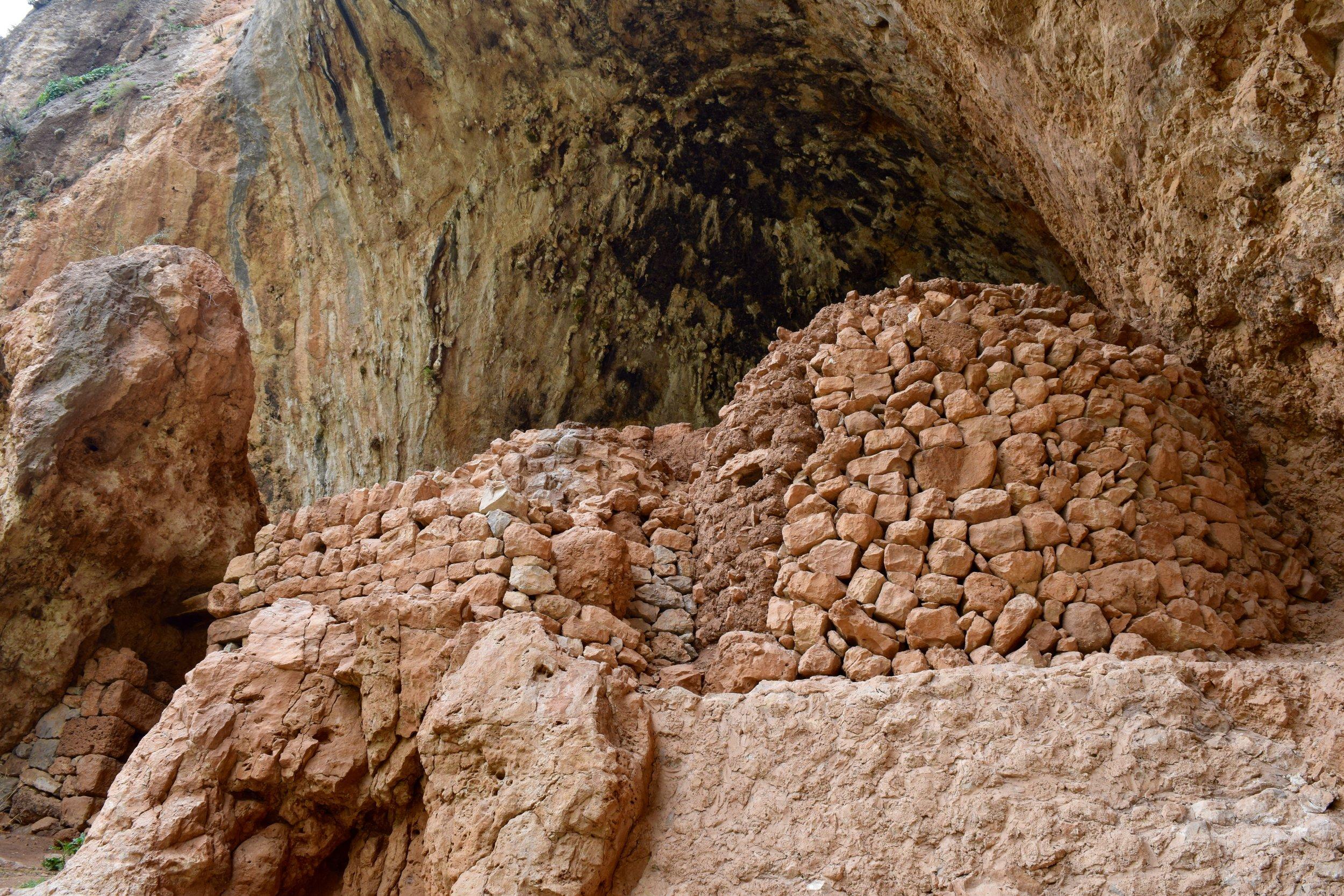 Monasterio de la cruz el Valle del Qadisha