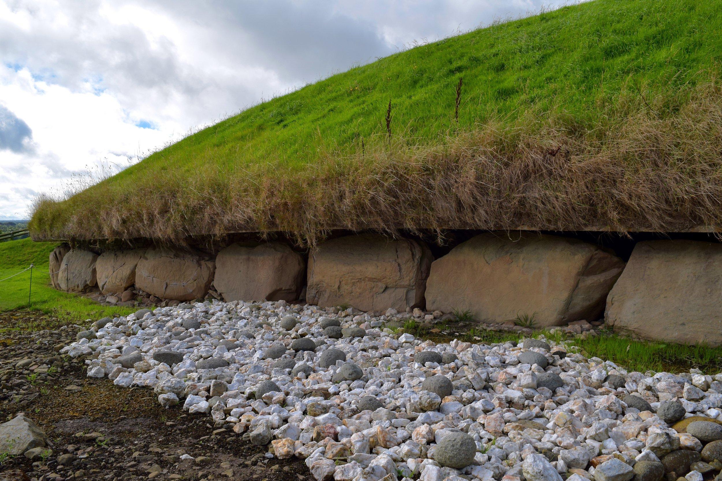 Guardacantones en Knowth
