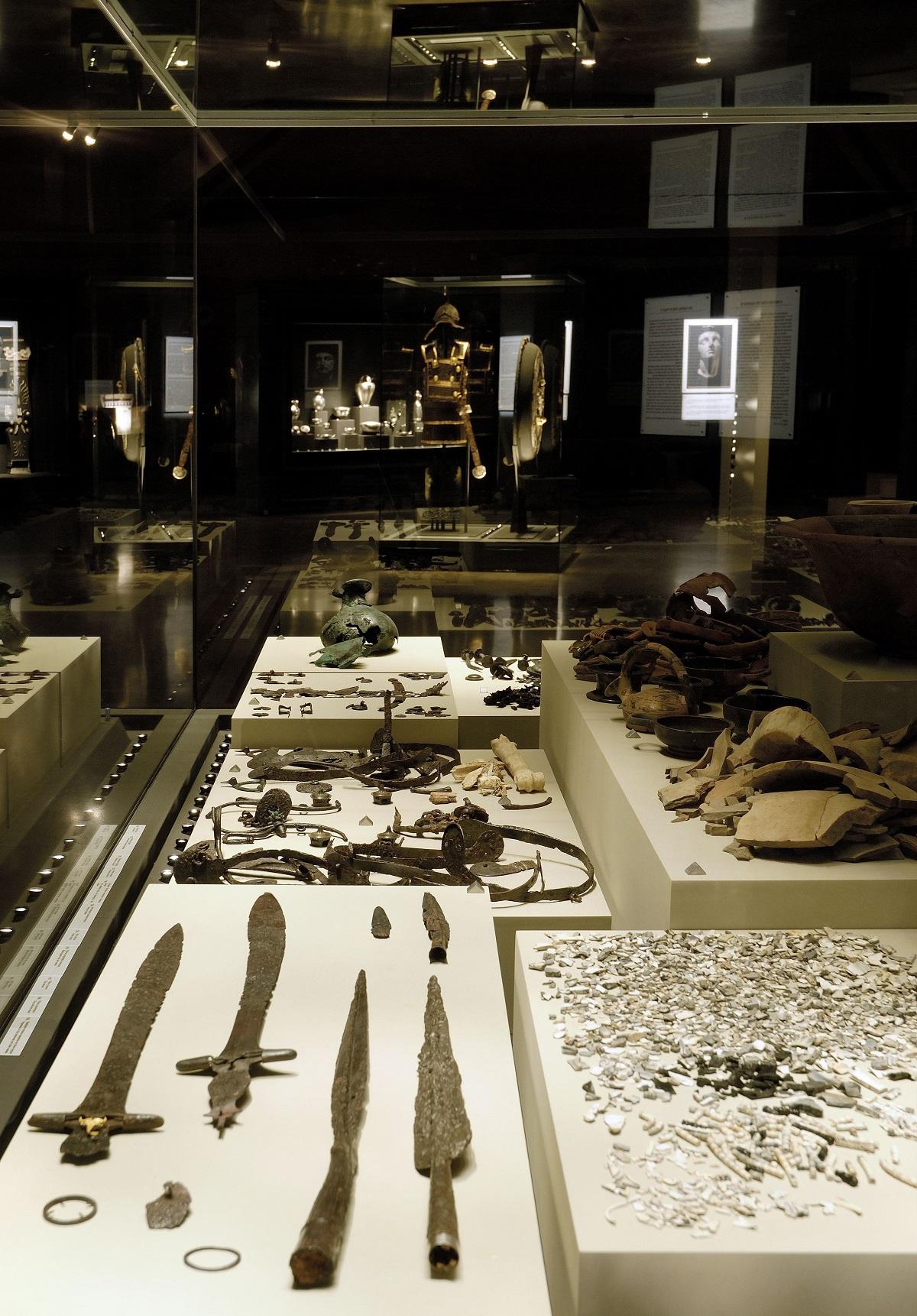 Weapons found in Vergina