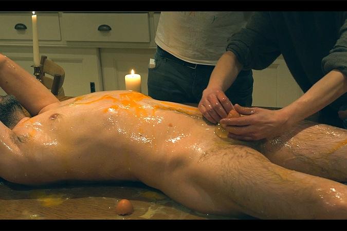 EgG MASSAGE (starring Julian Simmons)