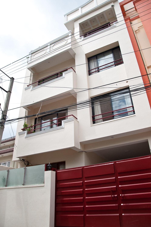 The front facade of Narayan Jwagal House.