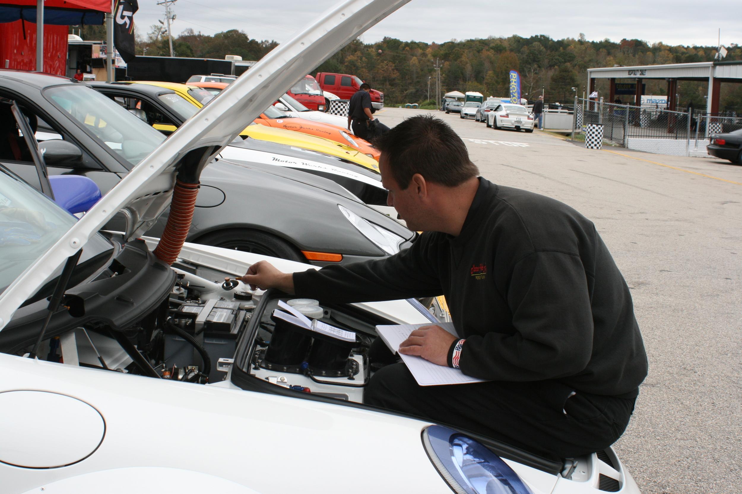 Motor Werks Racing Porsche Cup Car Track Services
