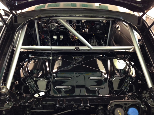 Motor Werks Racing Porsche Cayman S Roll Cage Installed