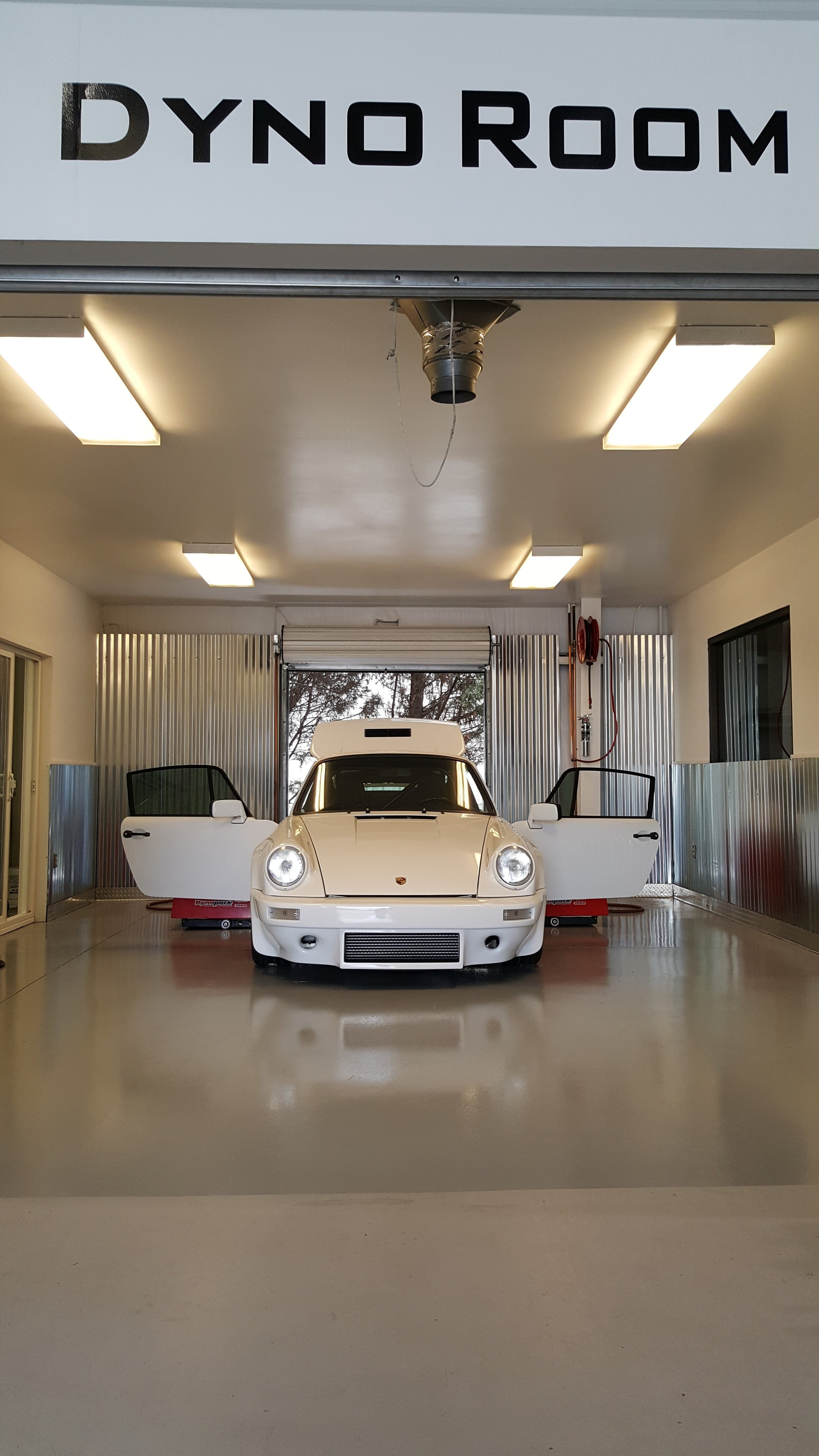 Motor Werks Racing Porsche Dyno Tuning Cell