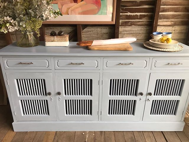 Commission Buffet Sideboard sourced for a customer and refinished in Louis Blue Annie Sloan chalk paint. Styled with black/silver pinecone knobs on the lower cupboards and matte chrome bamboo style hardware on the top 4 drawers. Please get in touch if you would like something bespoke created. #bespokeproject #refinishing #sideboard #anniesloanhome #vintagehomedecor