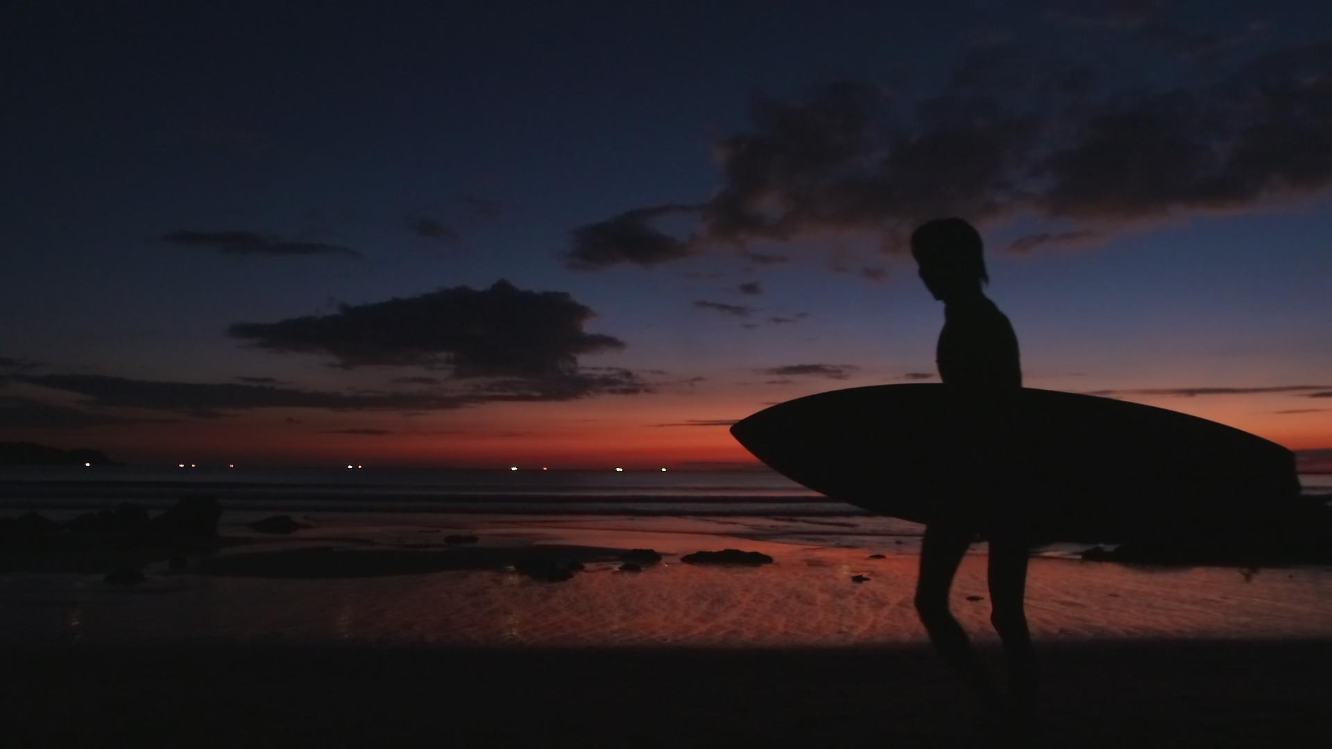 Surfboard sunset.JPG