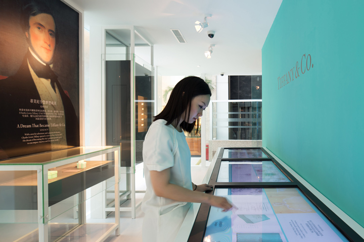 Bringing a 175 year legacy to China - As China became an increasingly important market for Tiffany, the need arose to present the brands heritage and it's importance as a fine jeweler to new customers. We created a pop-up exhibit, The Diamond Pavilion, that traveled from city to city.