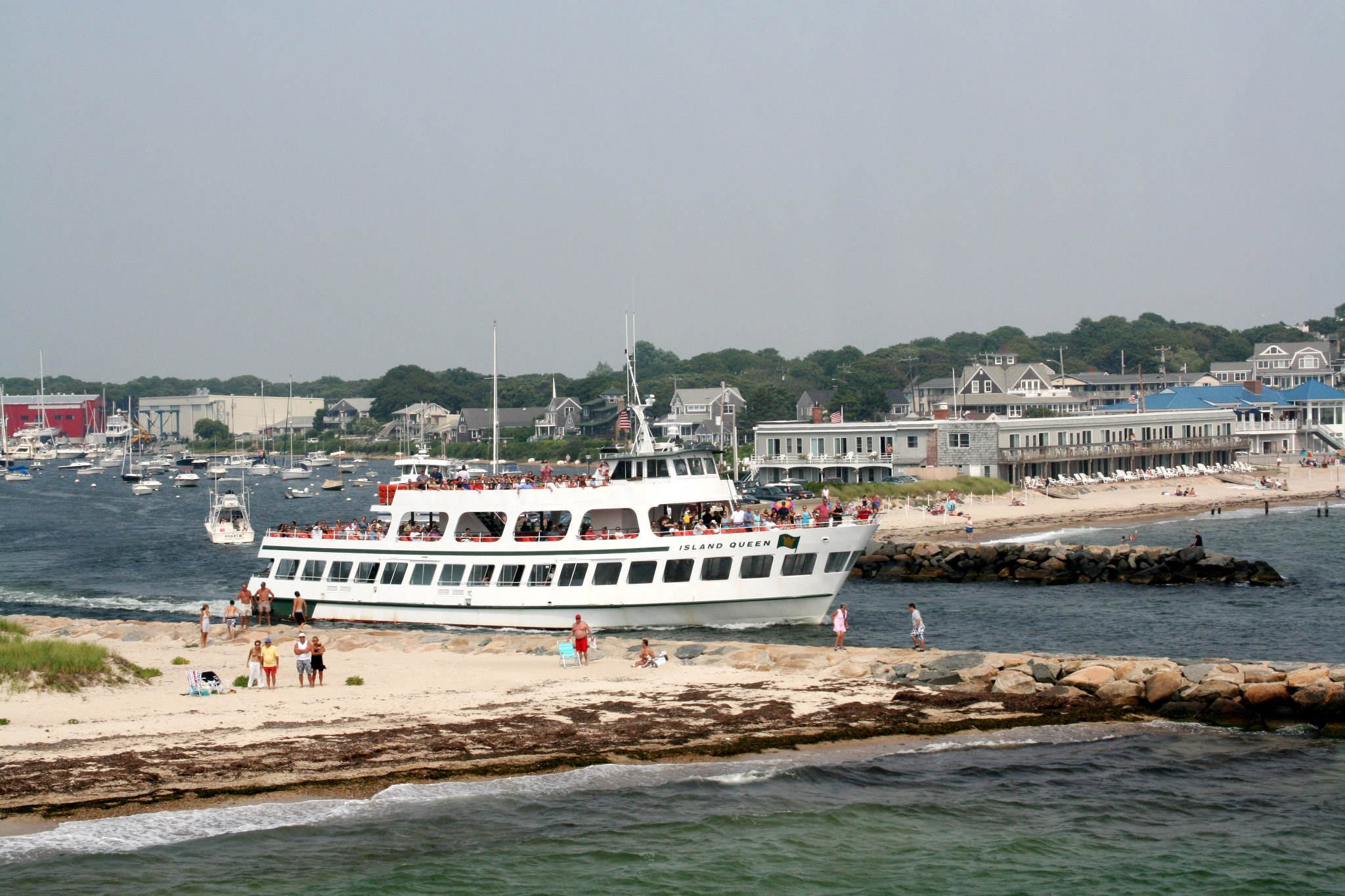 The most pleasurable passenger ferry experience that Cape Cod has to offer with regular sailings from Falmouth Harbor to Oak Bluffs, Martha's Vineyard.