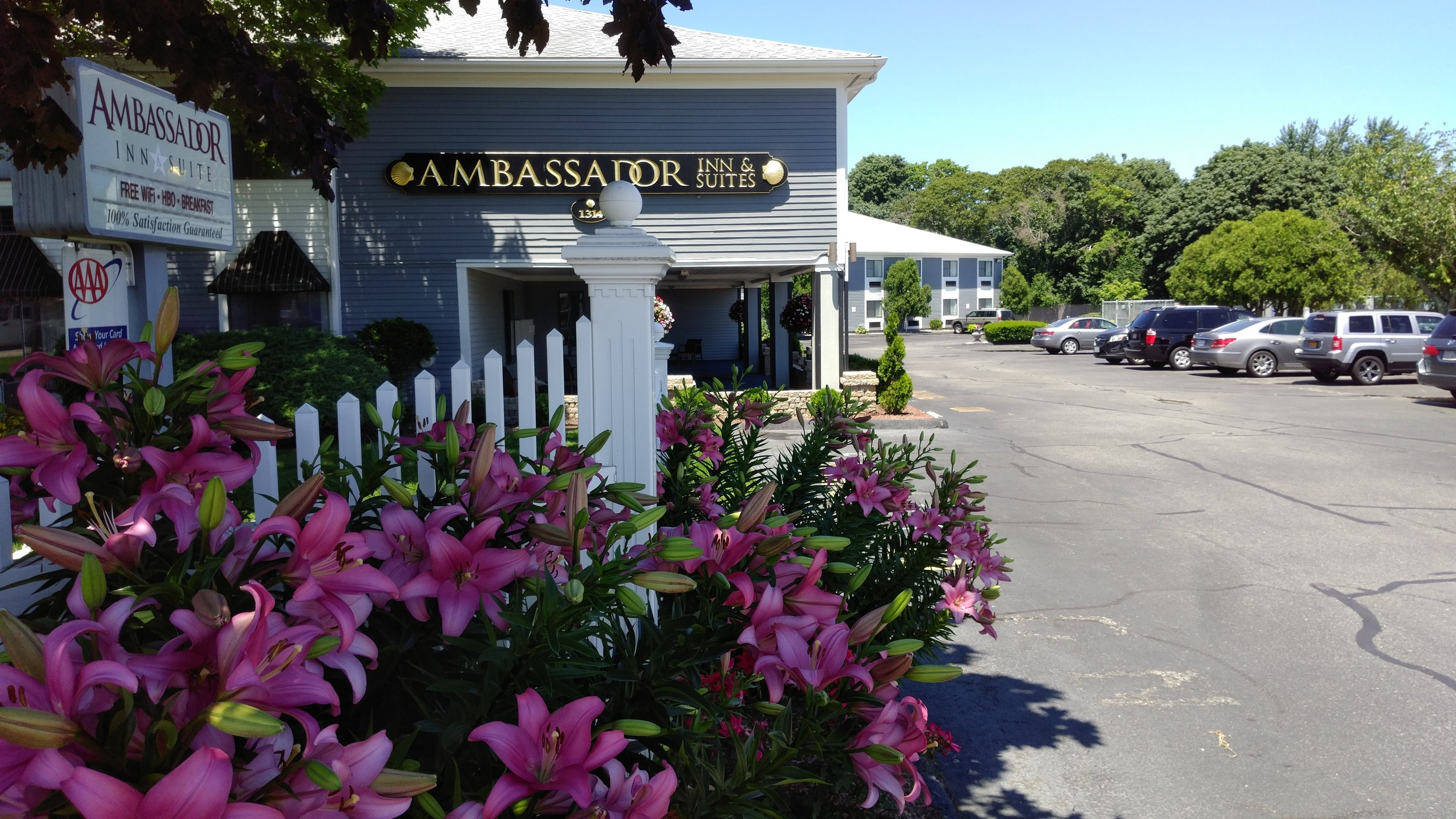 Awesome Autumn Specials The Ambassador Inn Amp Suites