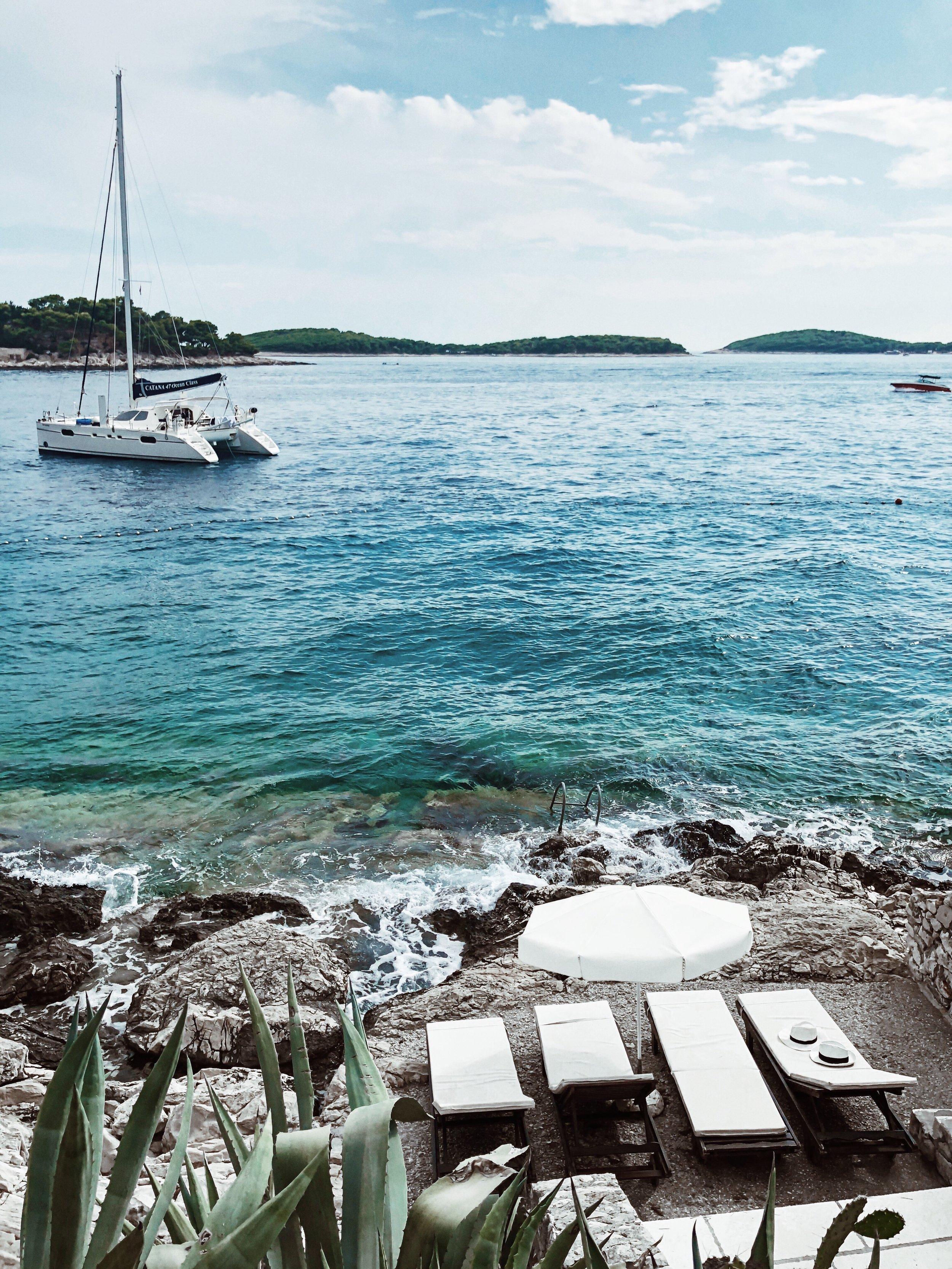 little secluded beach for 4 hvar.JPG