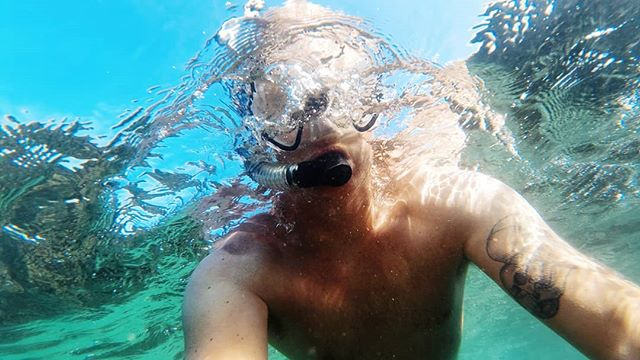 Finally cracked the snorkel, mask and fins out in the UK. No wetsuit either ;) #tudweiliog #northwales #abersoch #snorkelling #diving