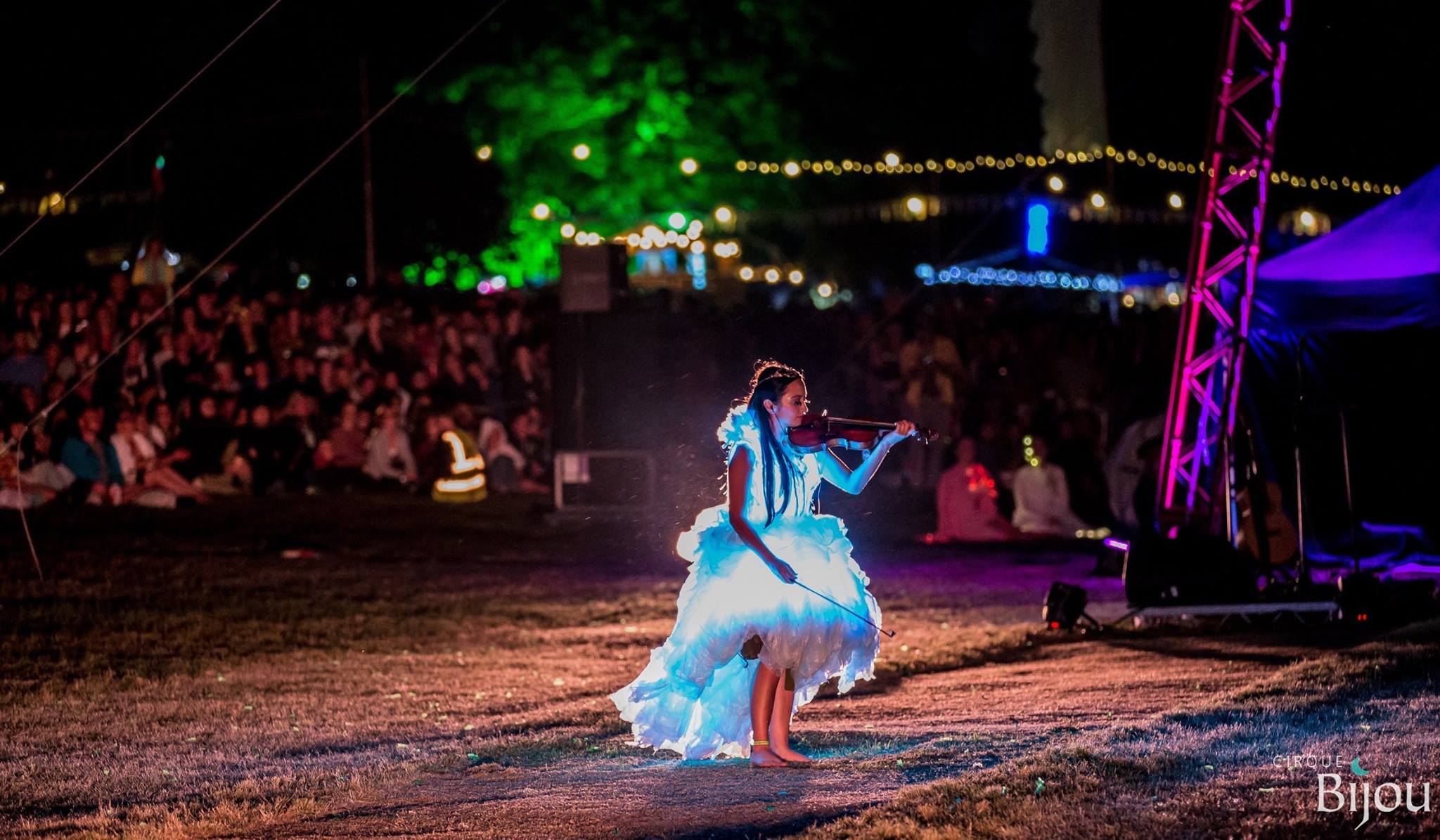 Wilderness Festival 2016  : Diana Yukawa in the spectacular light up dress.