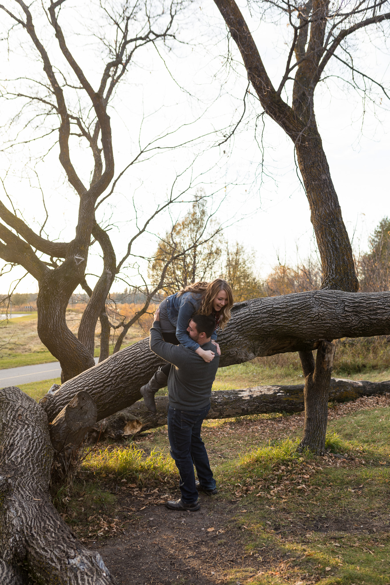 winnipeg-engagement-birdshill-park-24.jpg