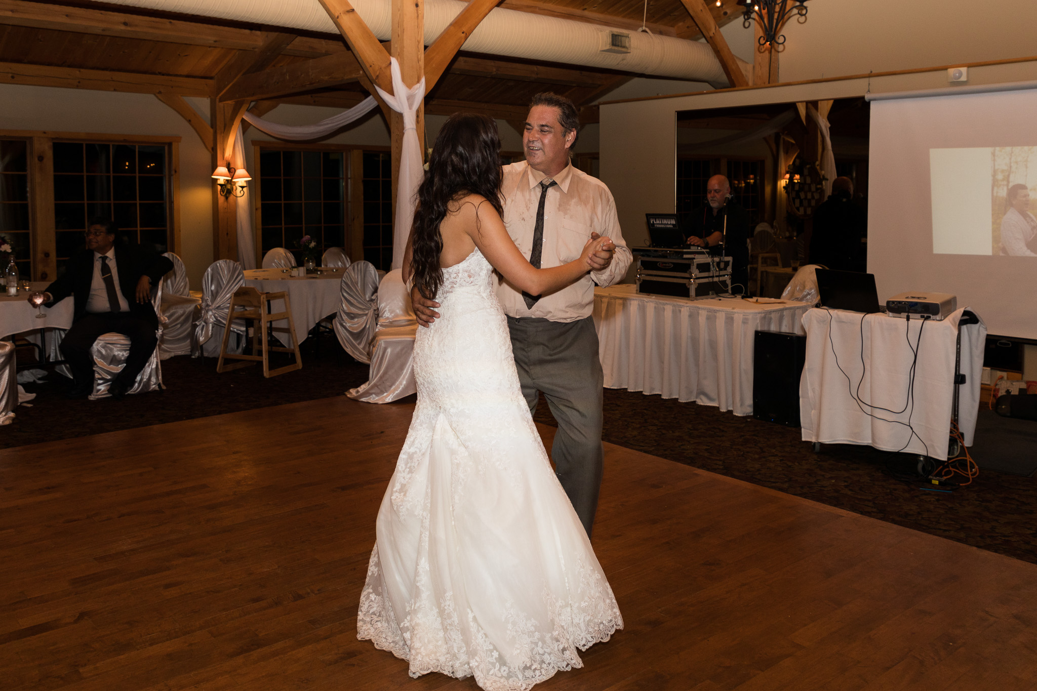 Bridge's-golf-club-wedding-winnipeg-102.jpg
