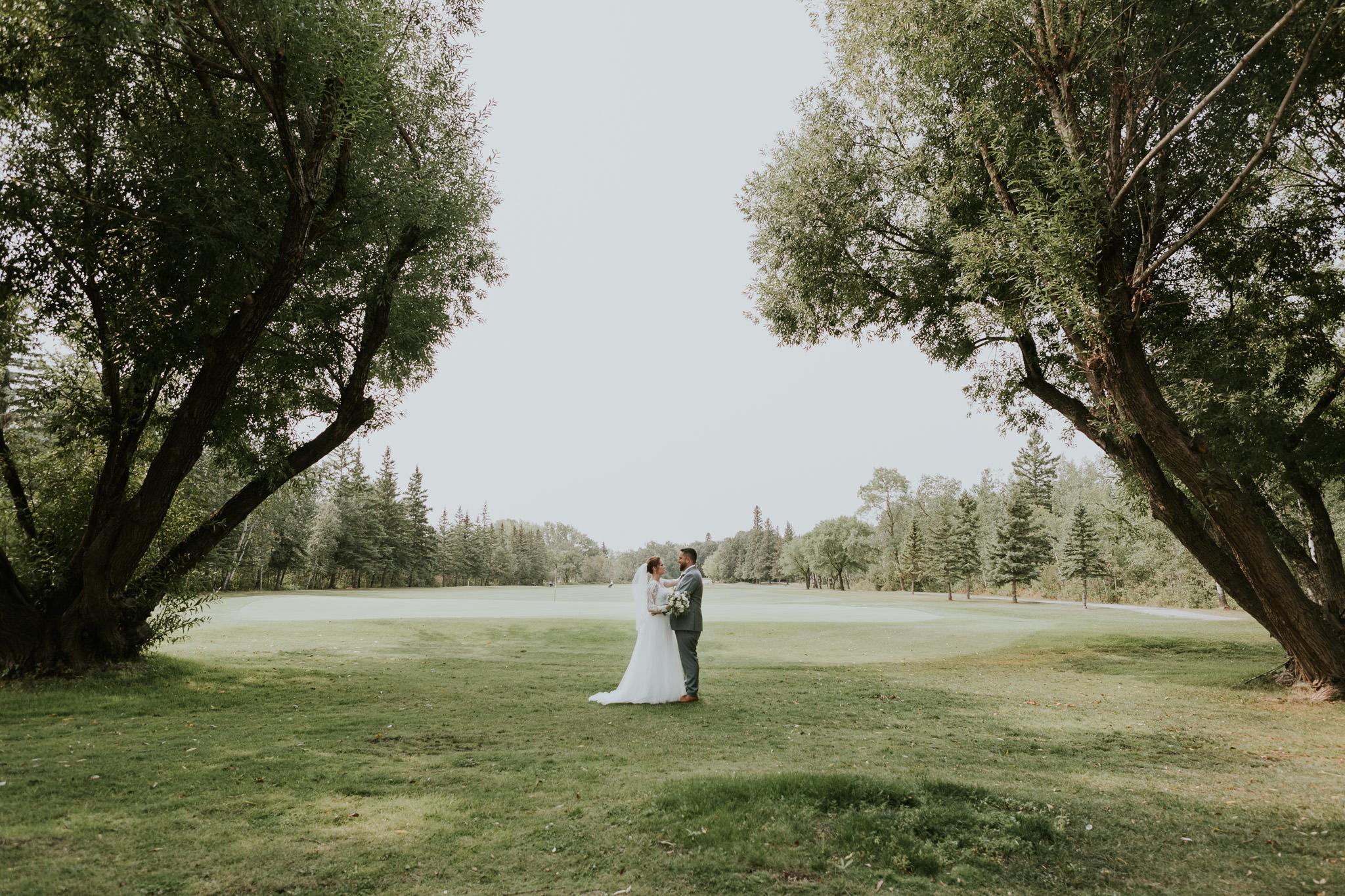 pine-ridge-golf-course-winnipeg-wedding-40.jpg